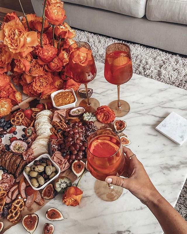 Saturday's are for our grazing platter and @aperolspritzau 🍇🍹 Tag who you'd like to share this with🙌🏼 📸 @seewantshop