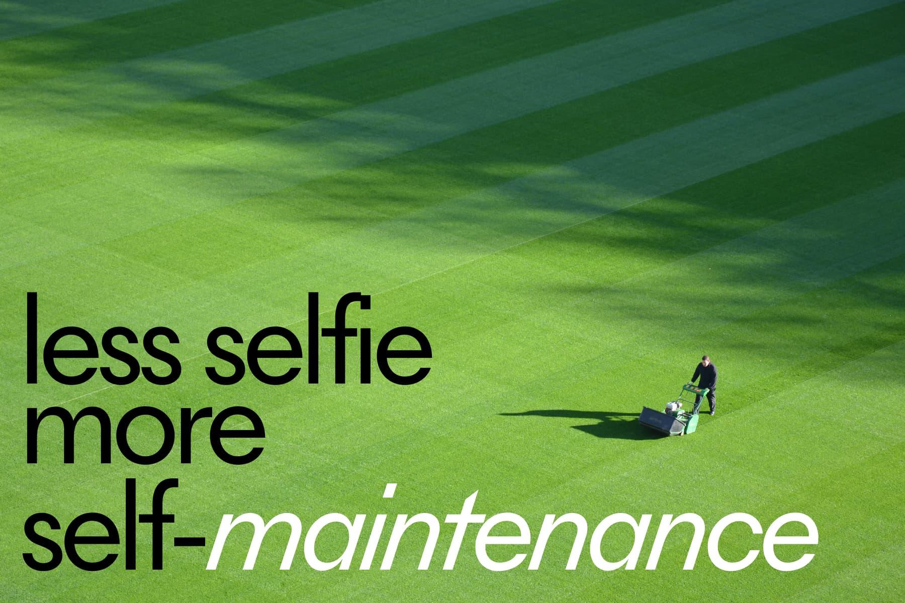 less selfie berine 1800 x 1200.jpg