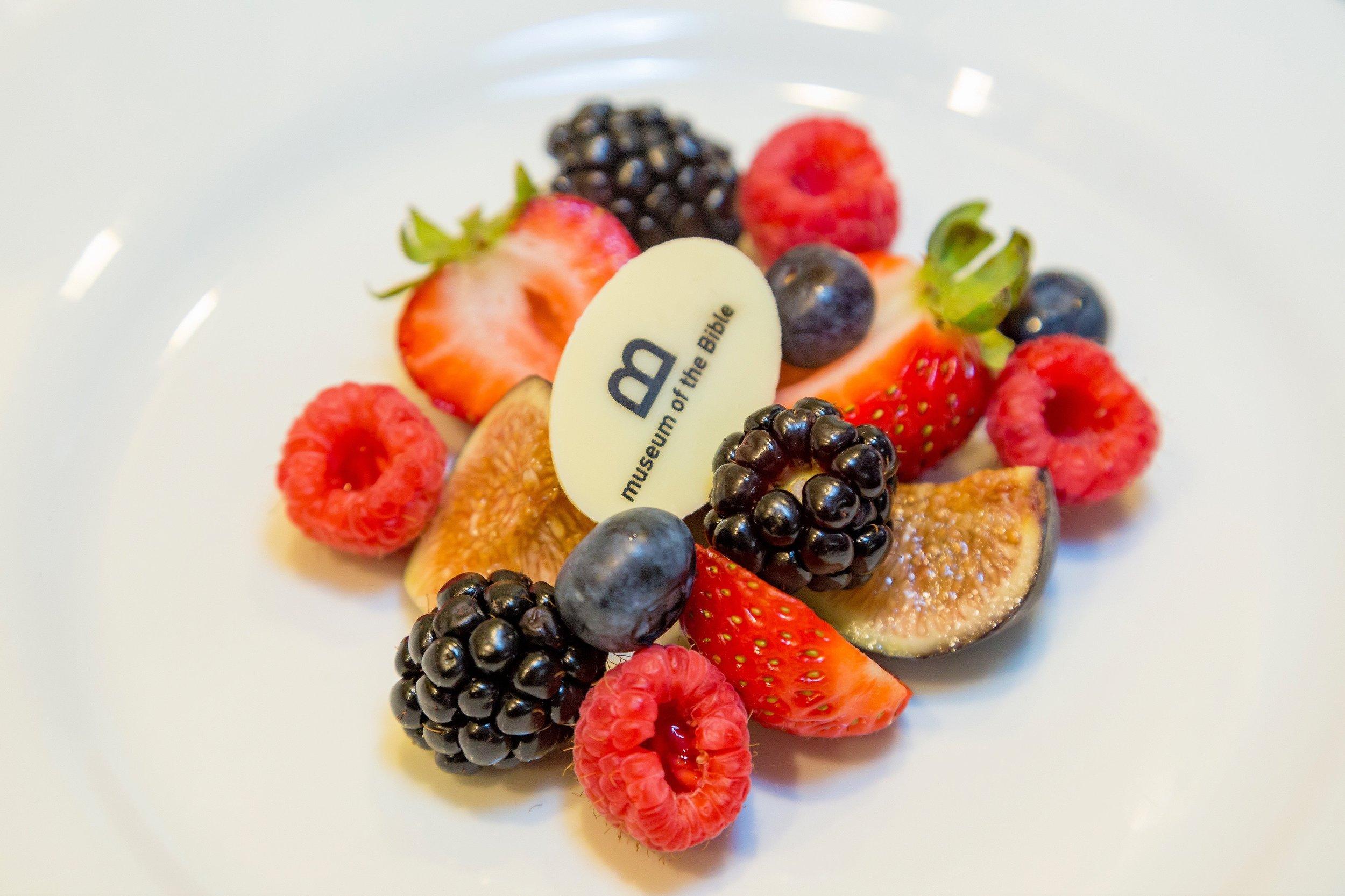 fruit plate .jpg