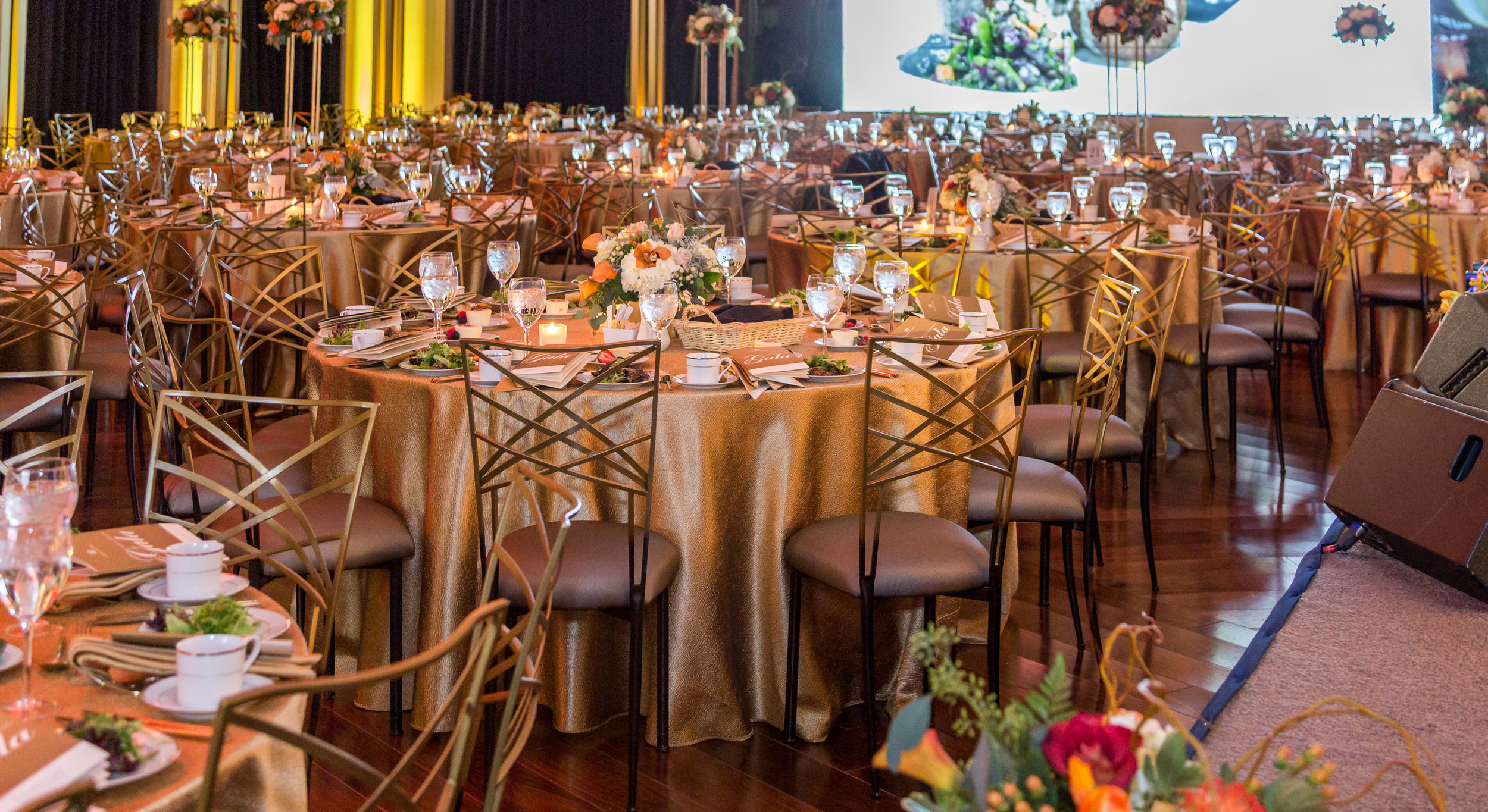 gala set up gold table cloths.jpg