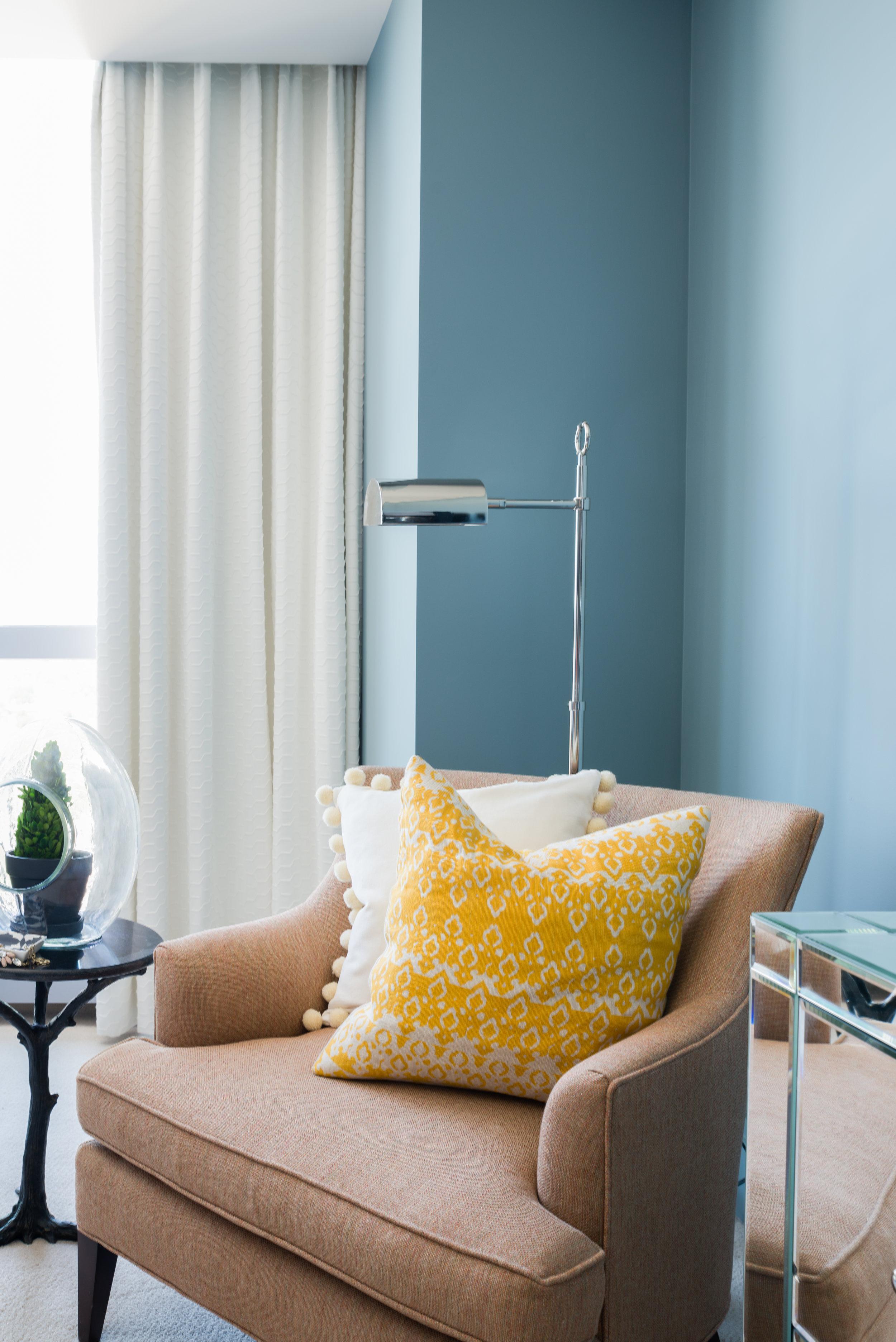 Glickman Design Studio - W Residence reading nook-2.jpg
