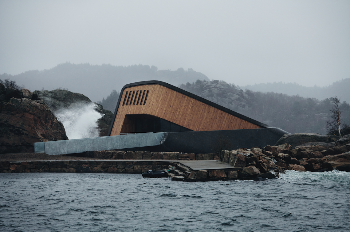 Image by :Ivar Kvaal