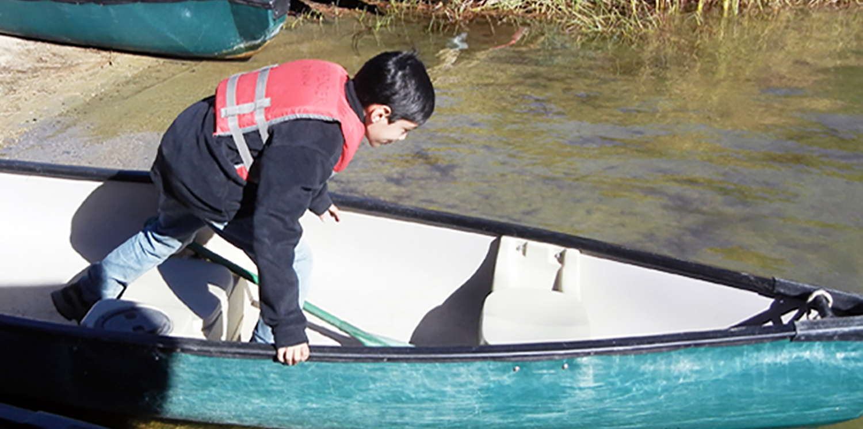 pe_boat2.jpg