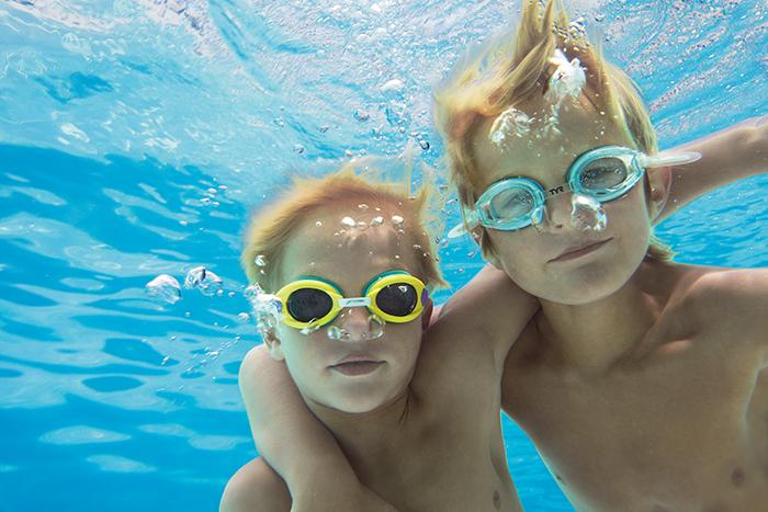 NOAPV_KidsUnderwater1_1.jpg