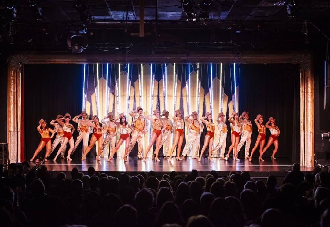 A Chorus Line -