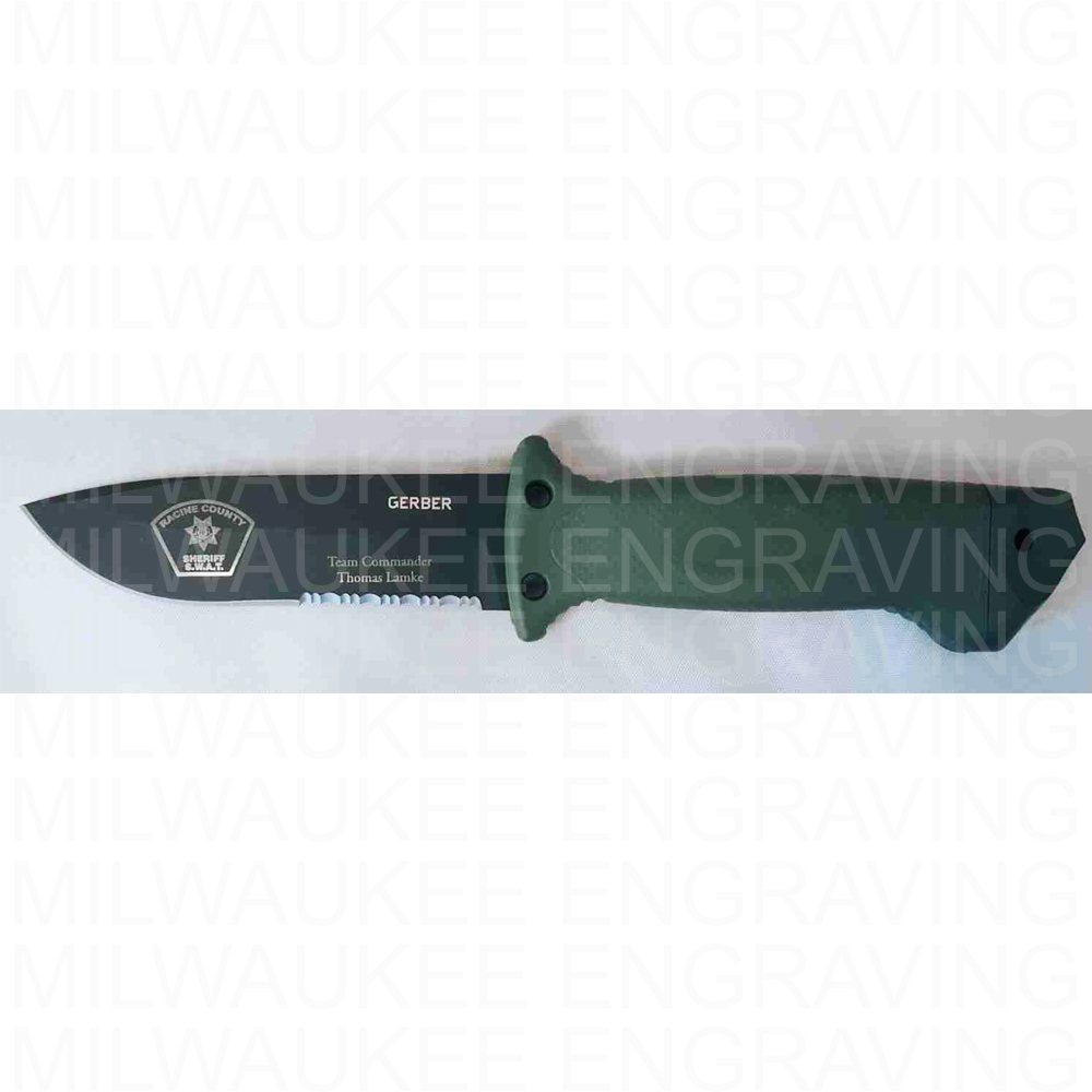 custom knife engraving, knives, engraver, milwaukee engraver, personal items, gun and knife engraving