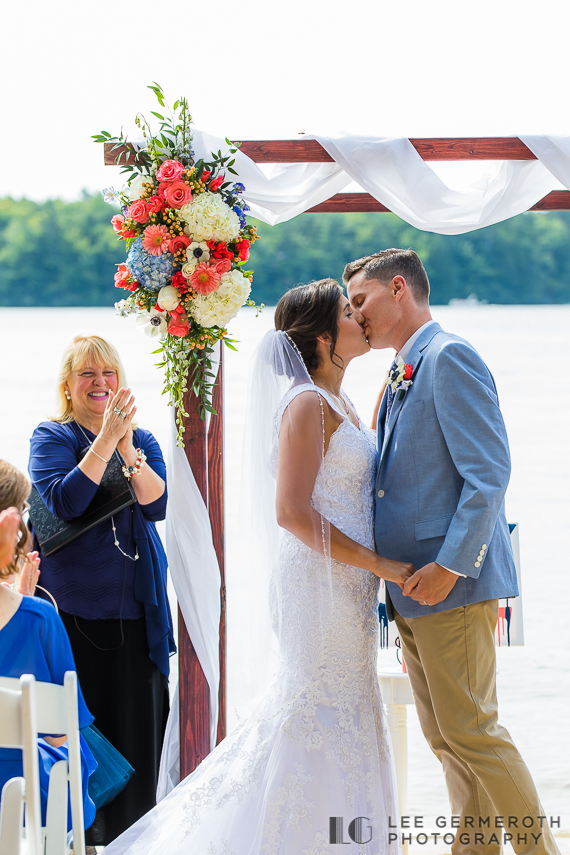 Woodbound-Inn-NH-Wedding-Photography-Lee-Germeroth-Photography-0017.jpg
