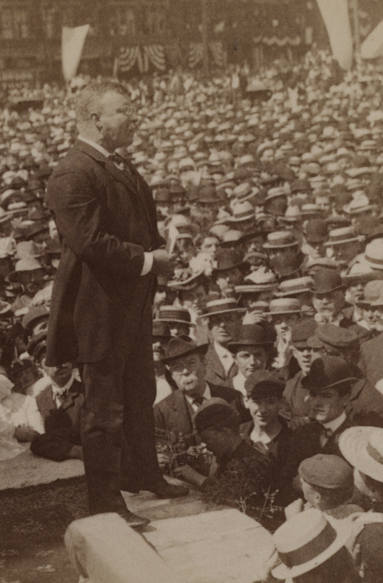 1902_teddyroosevelt_in_haverhill copy.jpg