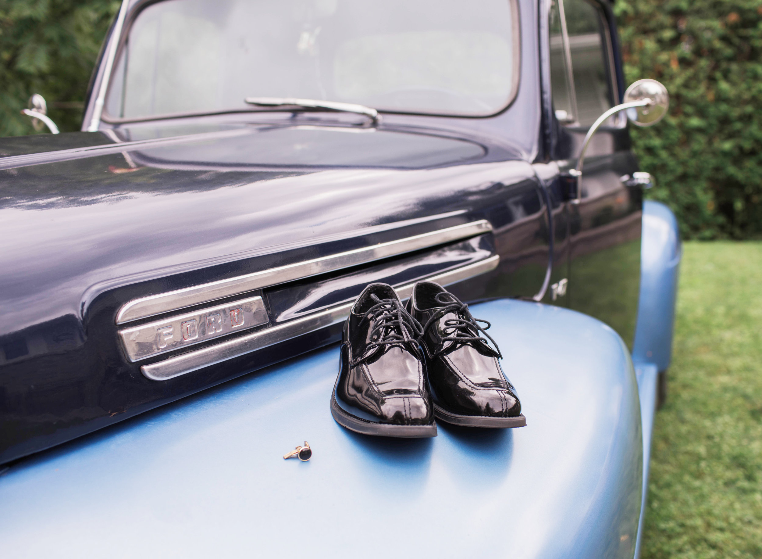 Morgan Bress Photography | Lindsay Wedding Photographer | Kawartha Lakes Wedding Photographer | Ontario Wedding Photographer |  Apple Orchard Wedding, Old truck, blue truck, wedding trucks, shoes and trucks, wedding shoes