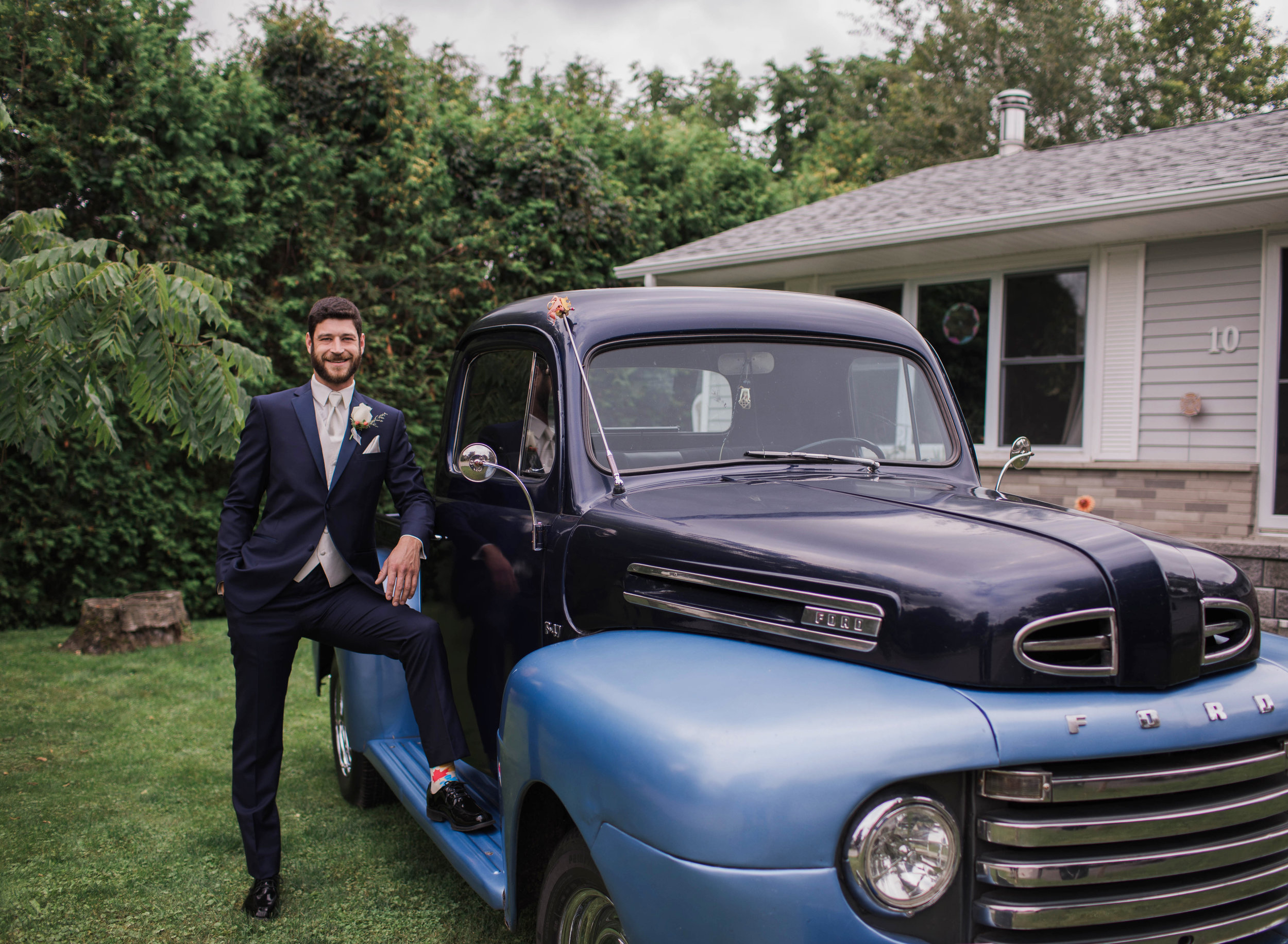 Morgan Bress Photography | Lindsay Wedding Photographer | Kawartha Lakes Wedding Photographer | Ontario Wedding Photographer |  Apple Orchard Wedding, Old truck, blue truck, wedding trucks