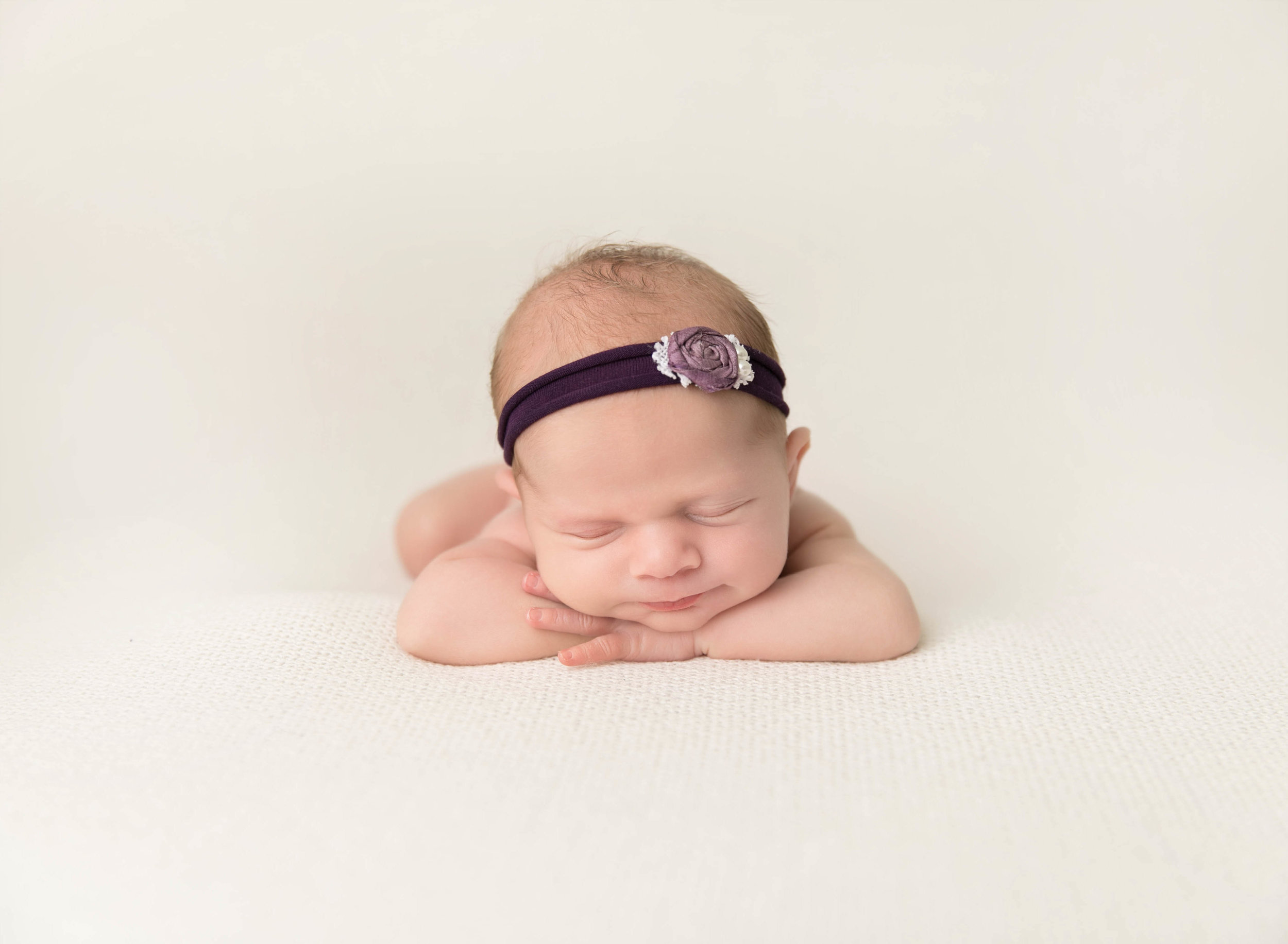 Newborn Photography | Newborn Photographer | Kawartha Lakes Photographer | Lindsay Photographer | Lindsay Ontario Photographer | Kawartha Lakes Photographer | Kawartha Lakes Favourite Photographer | Readers Choice Awards | Morgan Bress Photography | Twins | Twin Newborn Session | Multiple Births