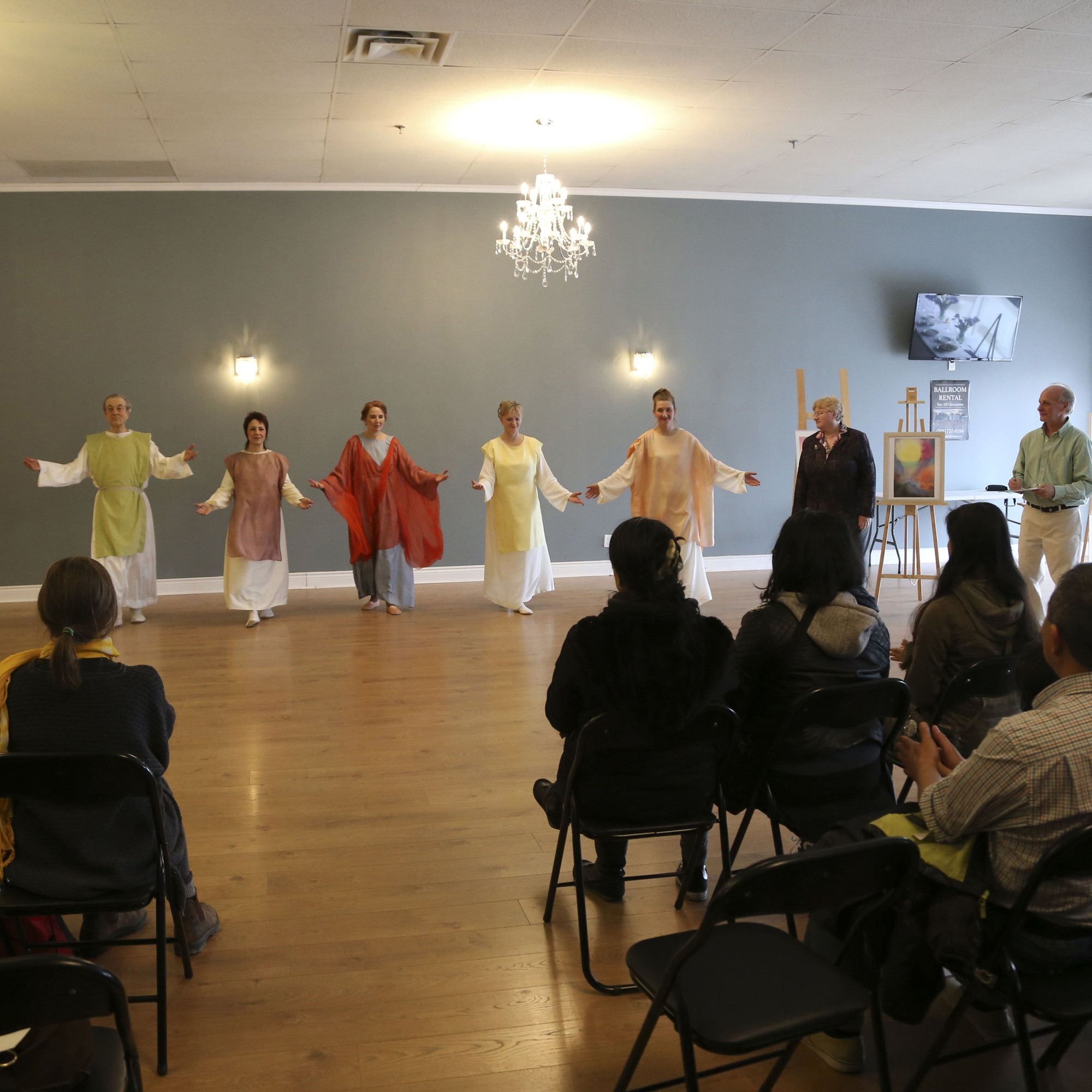 Eurythmy Easter 2018-7490.jpg