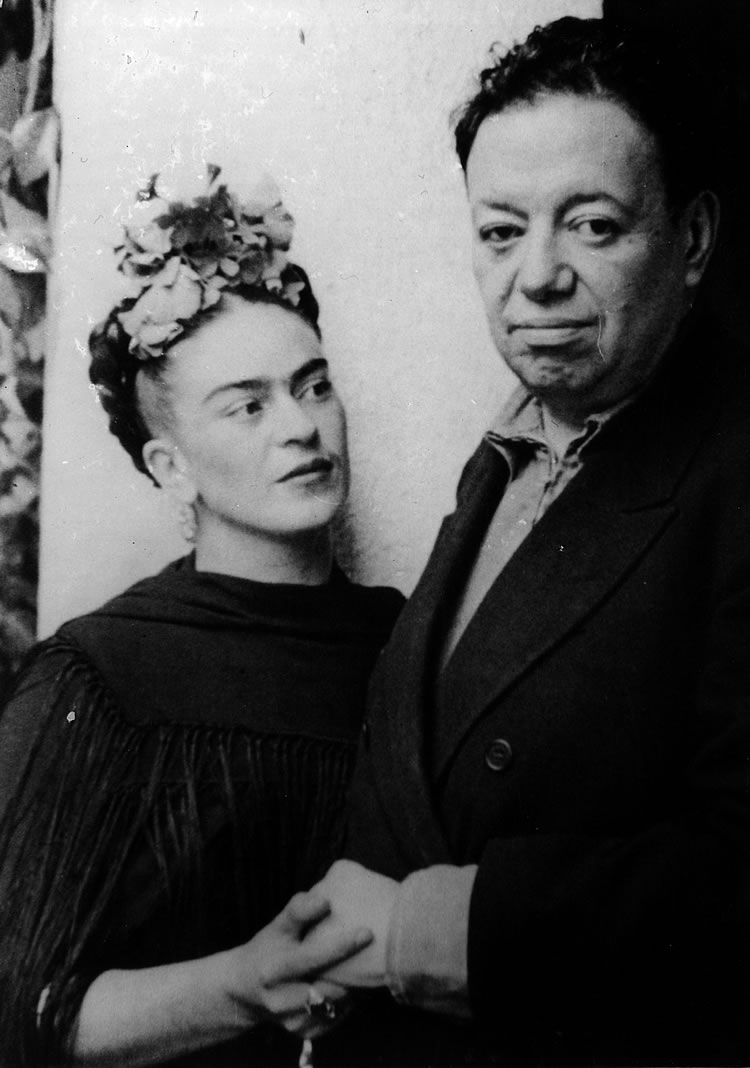 Frida Kahlo and Diego Rivera in 1940