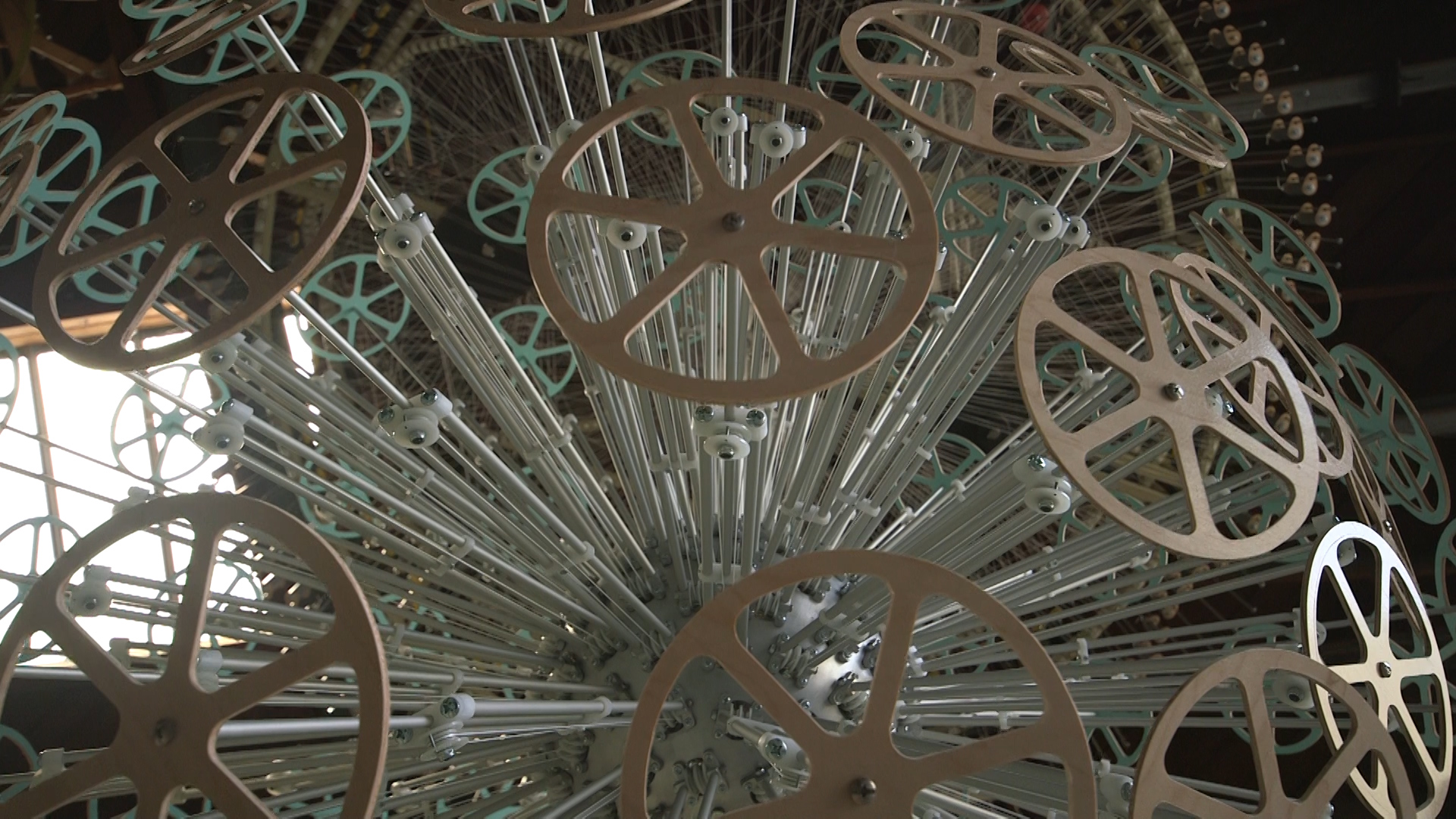 Reuben Margolin kinetic sculpture.jpg