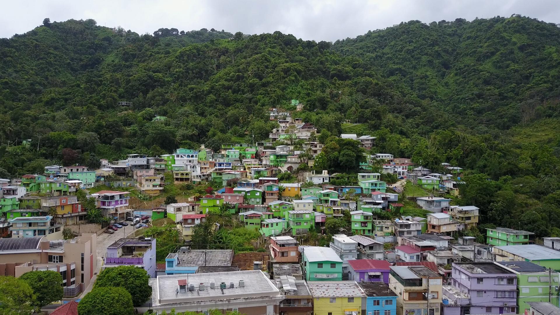 Chemi Rosado drone view of El Cerro.jpg