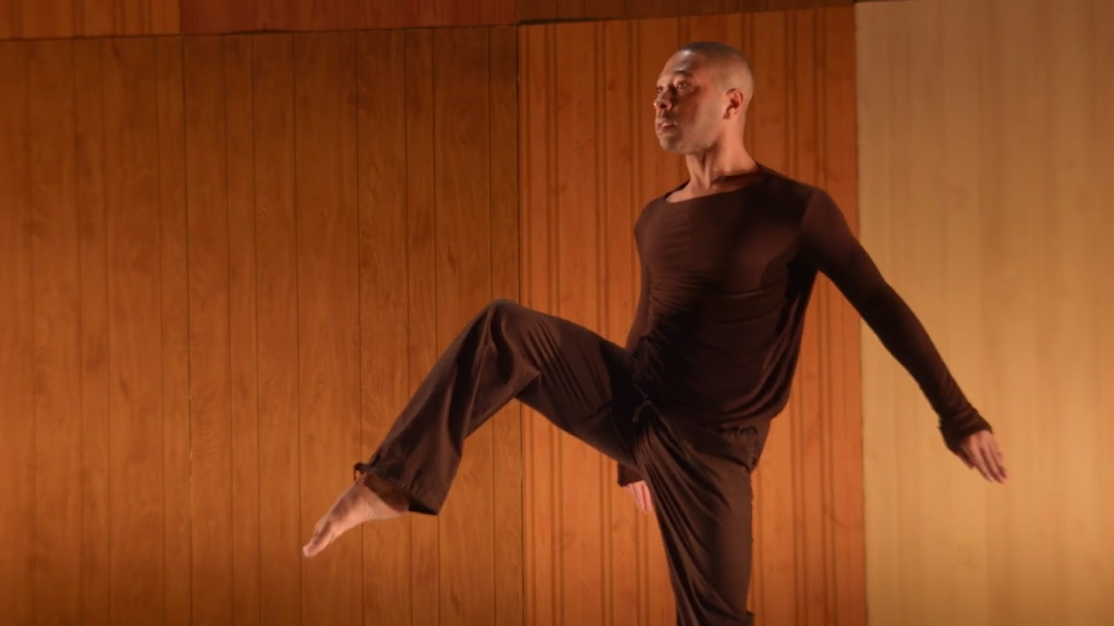 KYLE ABRAHAM: A LIFE IN MOTION - The works of contemporary choreographer Kyle Abraham feel like a memoir.Season 2, Episode 7