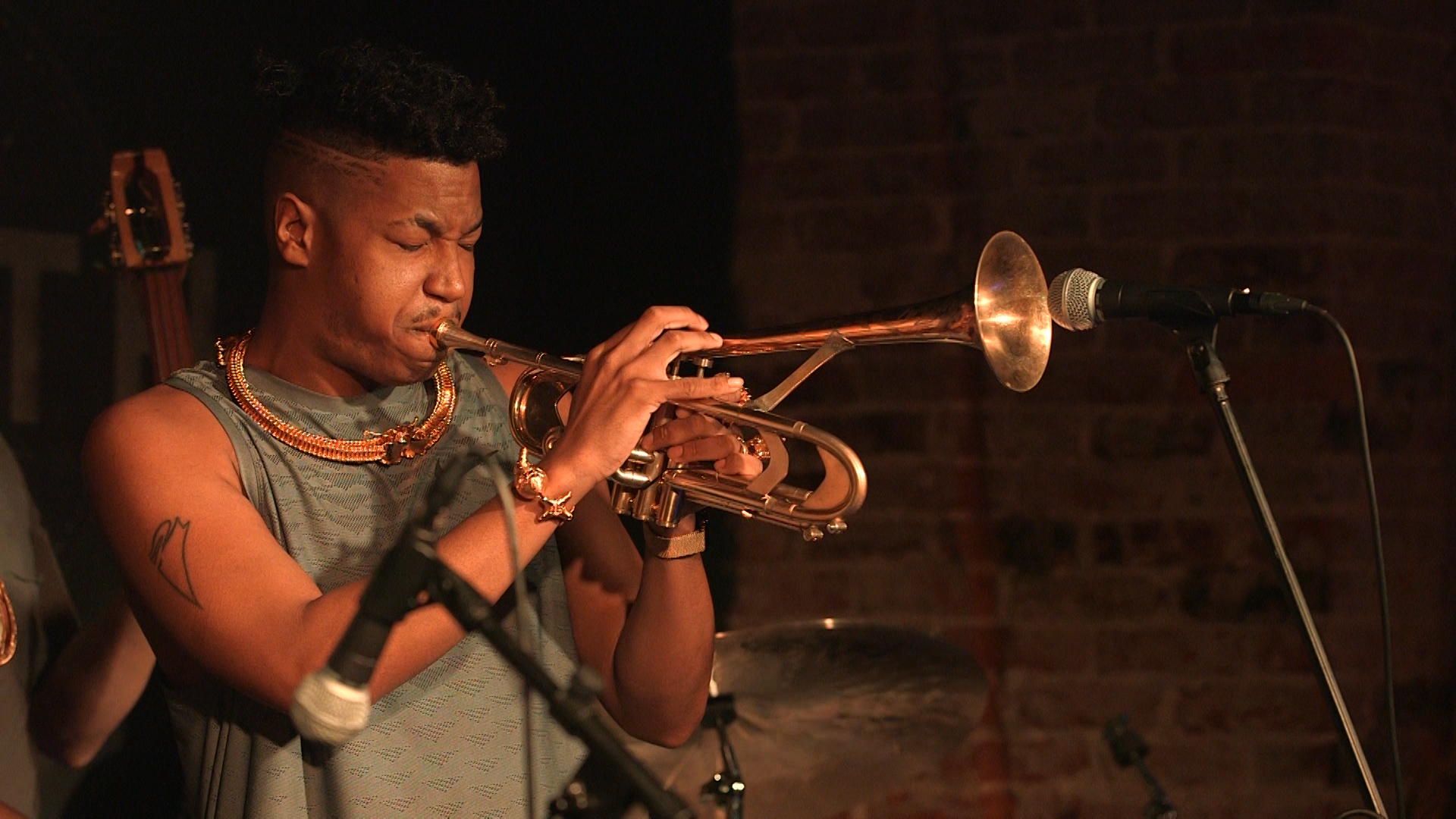 christian scott atunde adjuah: 2nd century jazz - Christian Scott aTunde Adjuah is leading the charge into Jazz's next chapter.Season 2, Episode 8