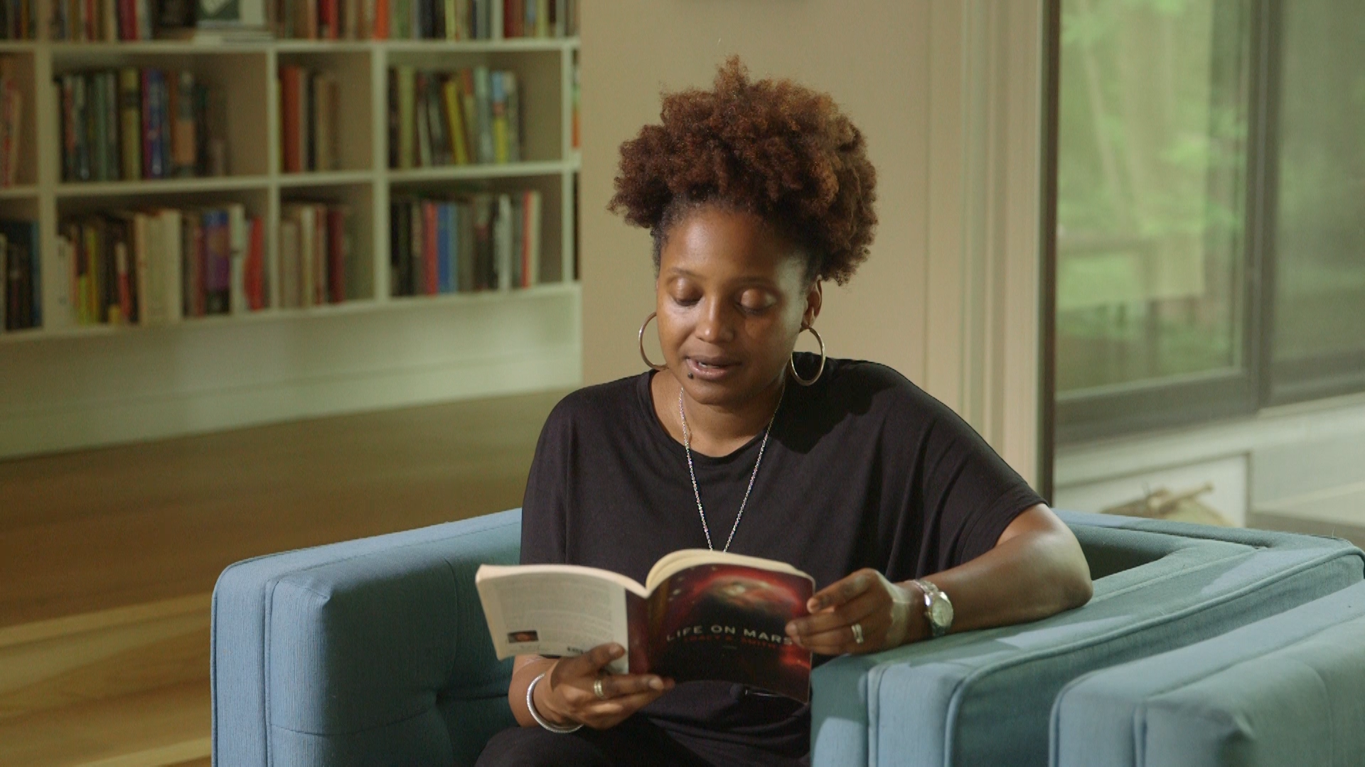 Tracy+K+Smith+reading+3.png