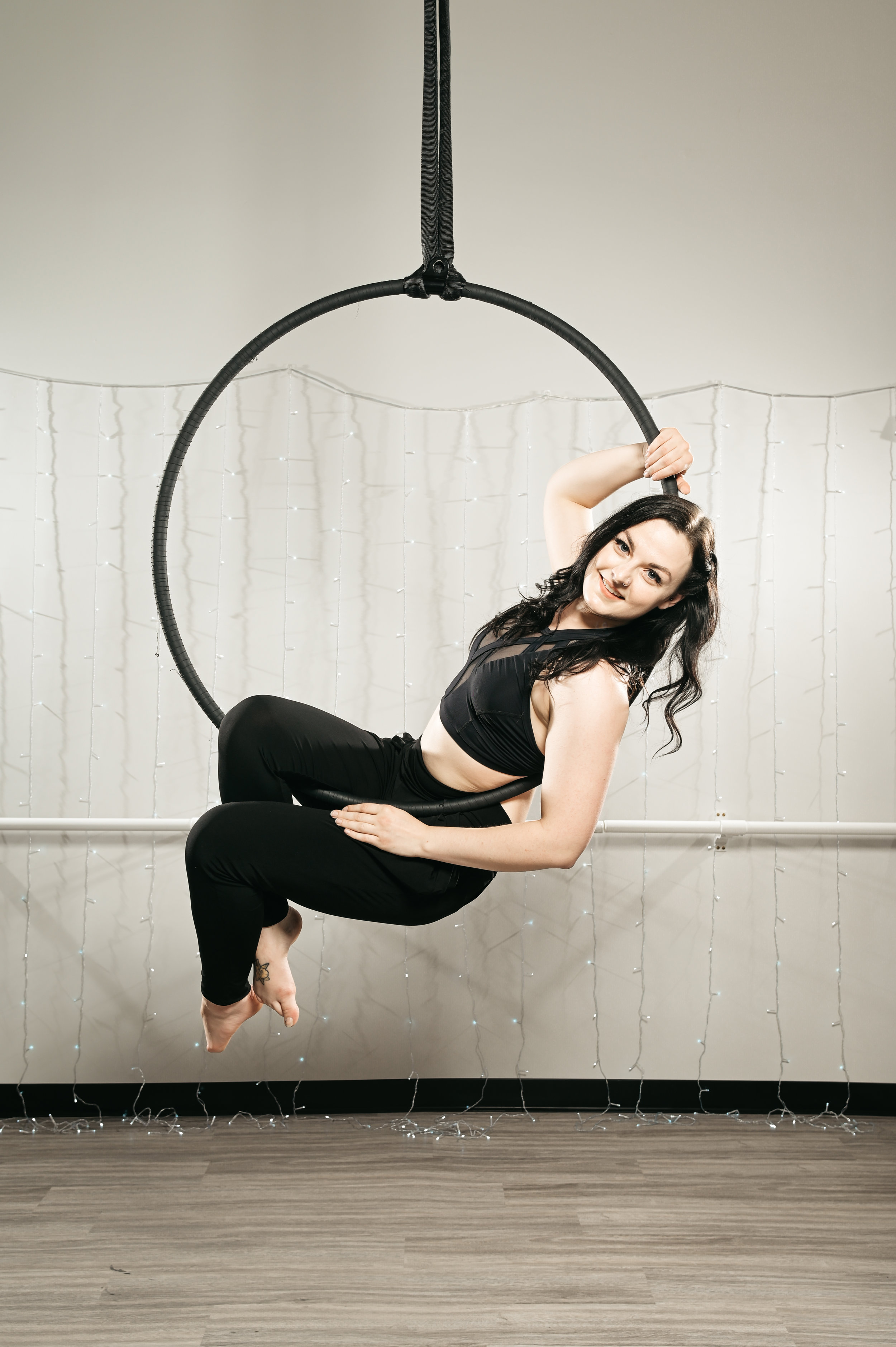 BEGINNER AERIAL HOOP - Our Beginner Aerial Hoop Six Week Enrollment terms are split into two classes. Beginner 1 is designed to be for individuals who are new to fitness programming. Beginner 2 is meant for individuals who are currently active in fitness programming but are new to Aerial Hoop. You have the choice to select one or the other to start. We have developed this programming to allow participants to learn at their own desired pace.