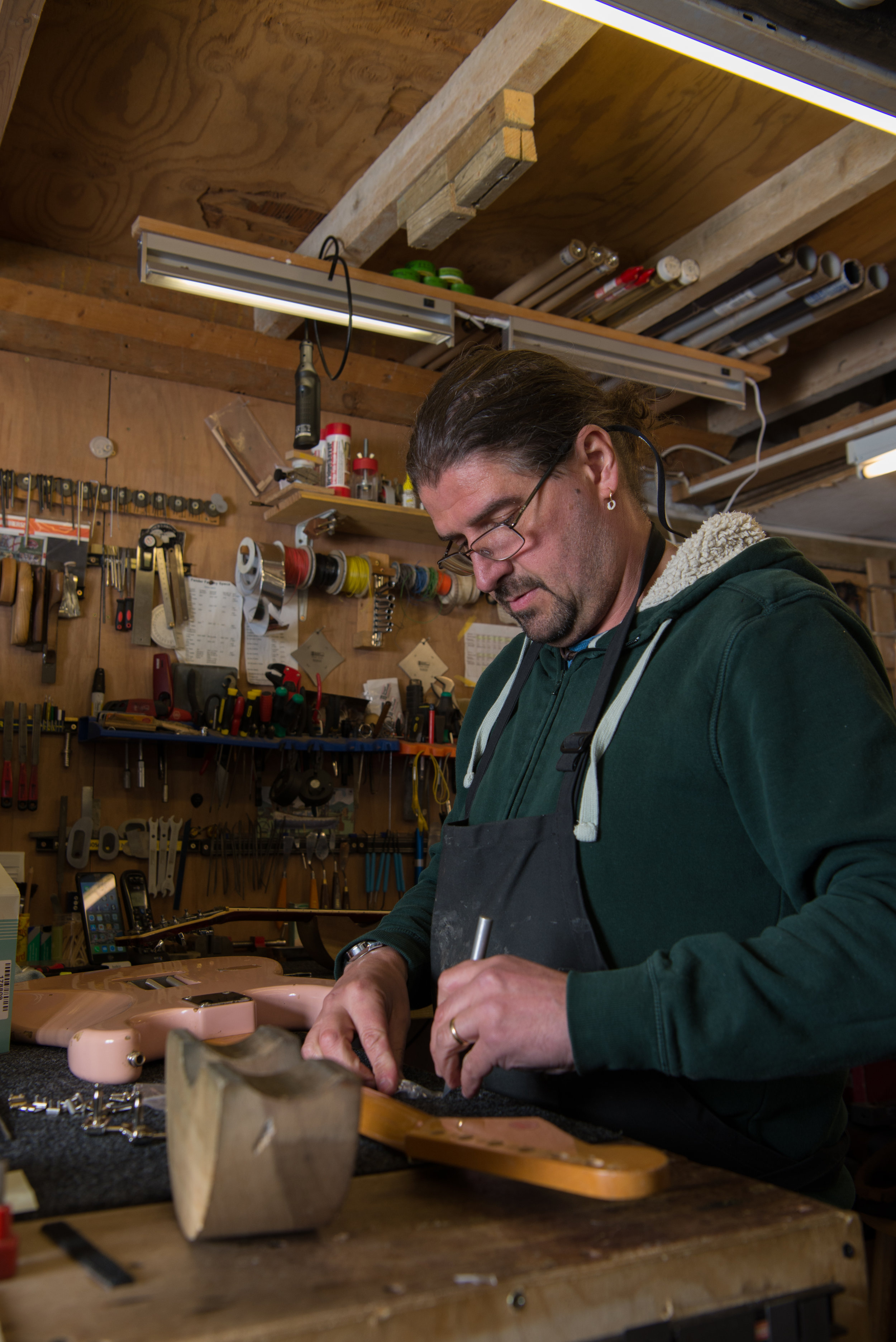 Julyan working on a stratocaster. April 2018, Penzance, UK.