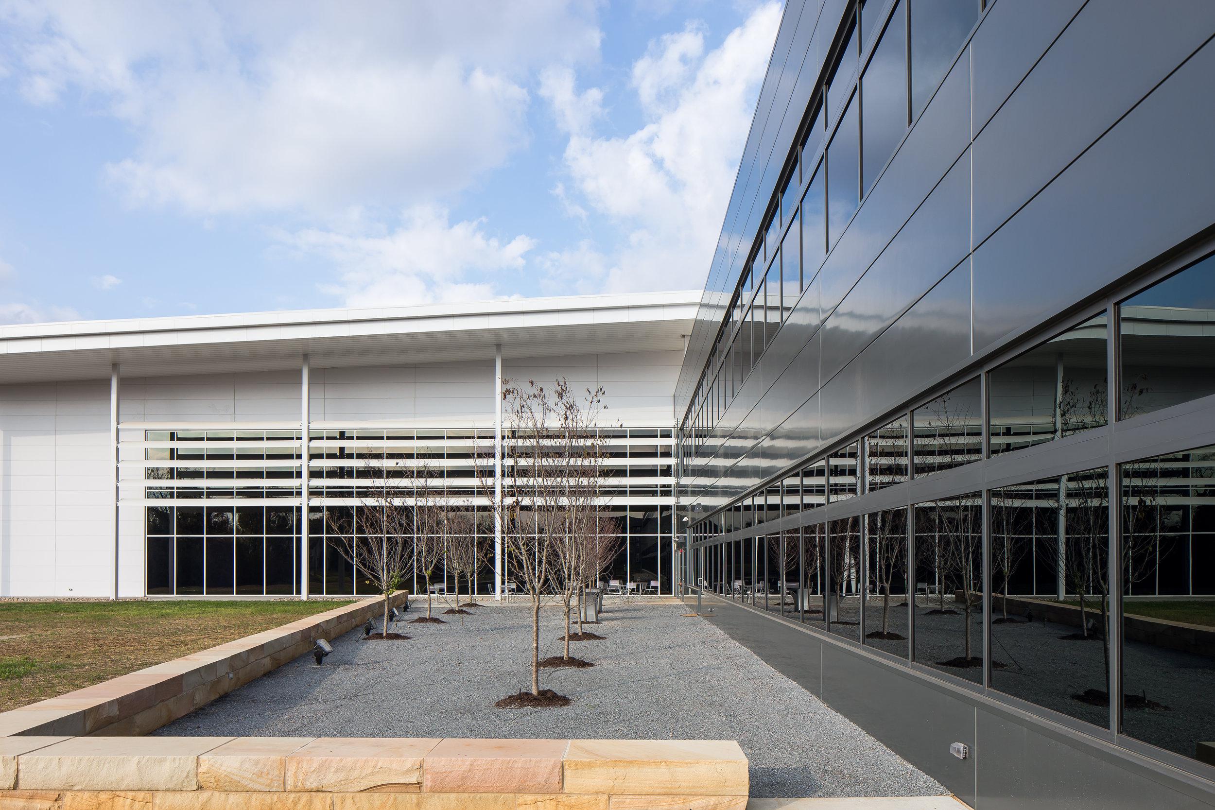 TCAT/Nissan Training Center - 05