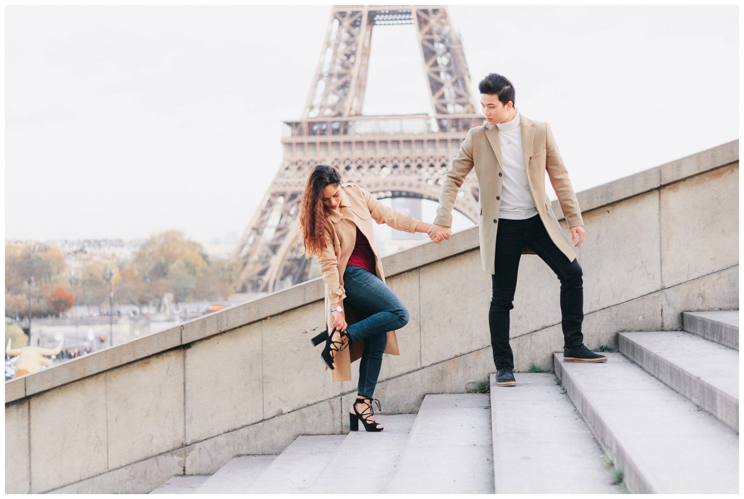 paris-eiffel-tower-trocadero-steps-engagement-session.jpg