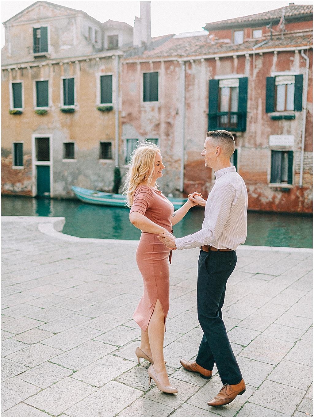 couple-photoshoot-in-venice-sunrise-stefano-degirmenci_0066.jpg