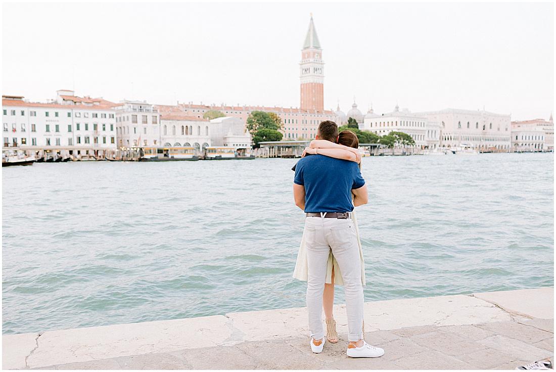 wedding-surprise-proposal-photographer-venice-gondola-sunset-stefano-degirmenci_0368.jpg