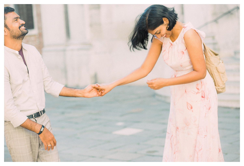 VENICE-COUPLE-PHOTOSHOOT-film-fuji-400h-stefano-degirmenci_0633.jpg