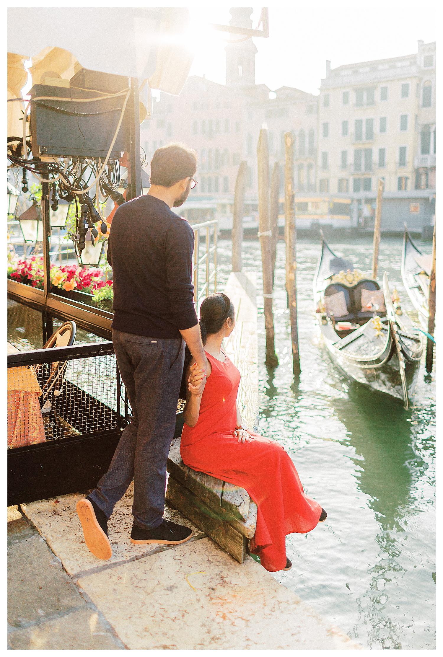 VENICE-COUPLE-PHOTOSHOOT-film-fuji-400h-stefano-degirmenci_0652.jpg