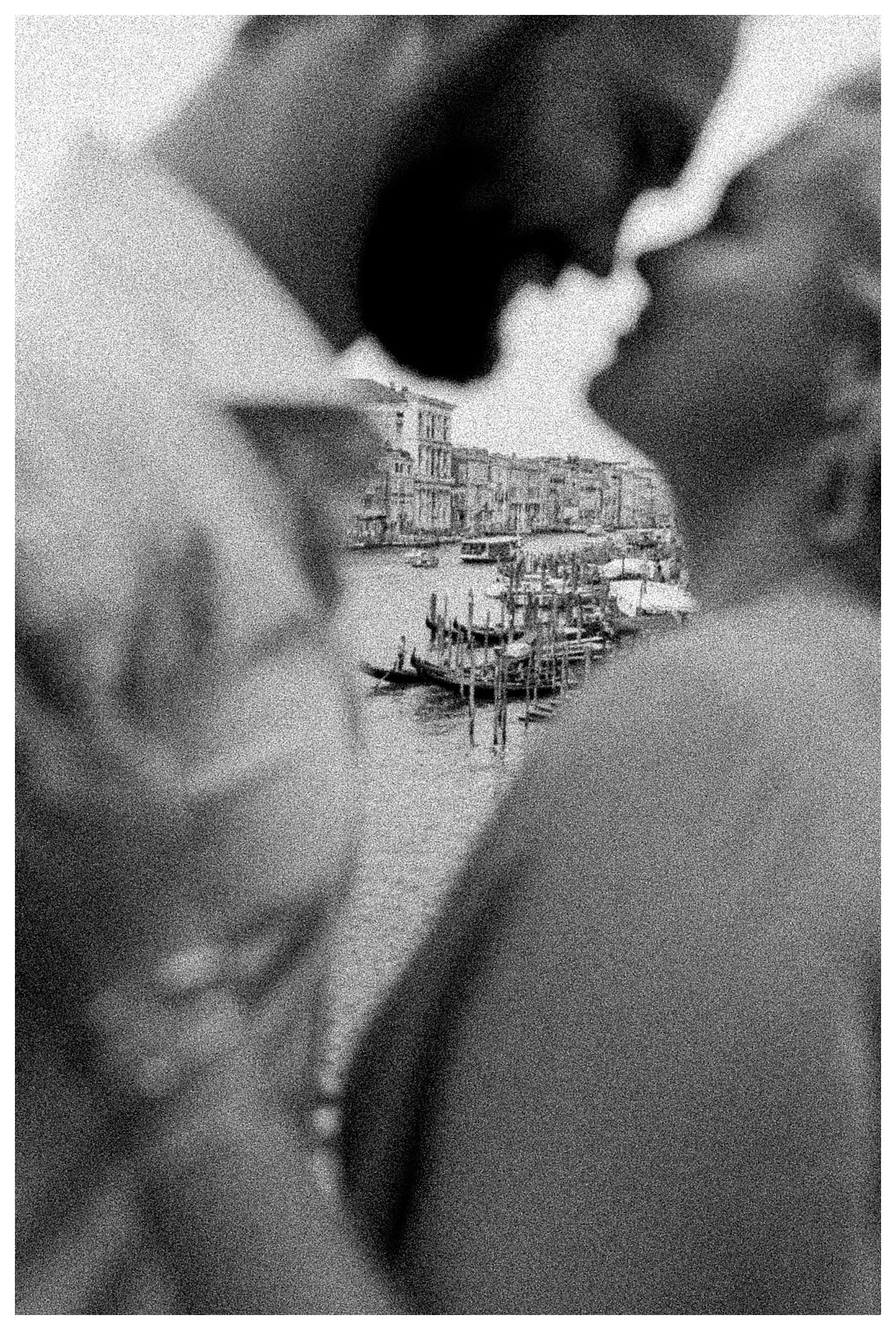VENICE-COUPLE-PHOTOSHOOT-film-fuji-400h-stefano-degirmenci_0698.jpg