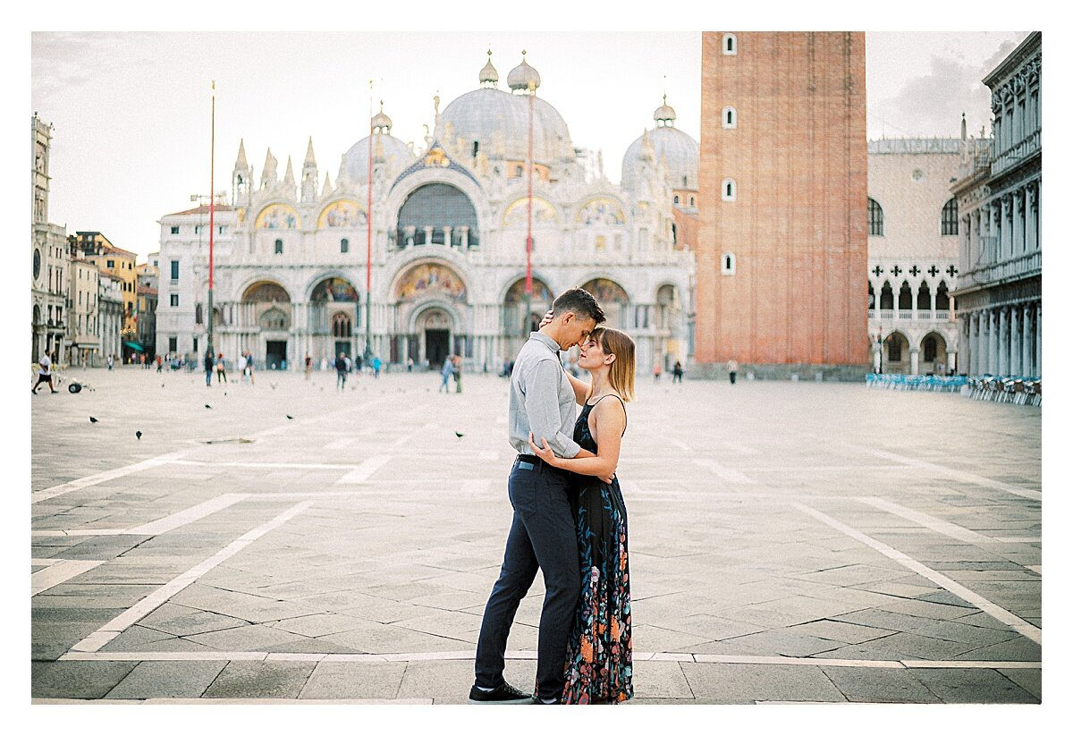 VENICE-COUPLE-PHOTOSHOOT-film-fuji-400h-stefano-degirmenci_0818.jpg