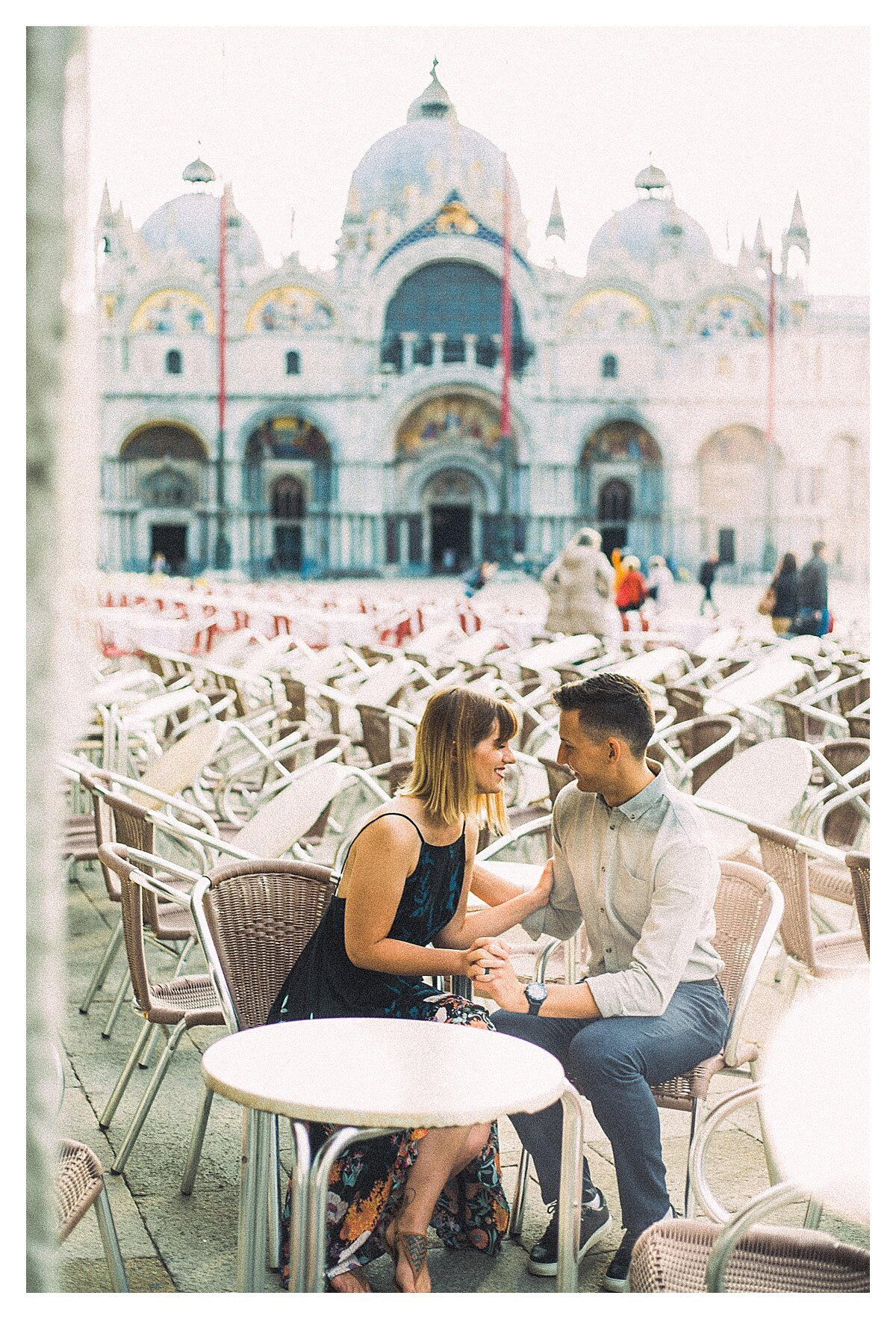 VENICE-COUPLE-PHOTOSHOOT-film-fuji-400h-stefano-degirmenci_0820.jpg