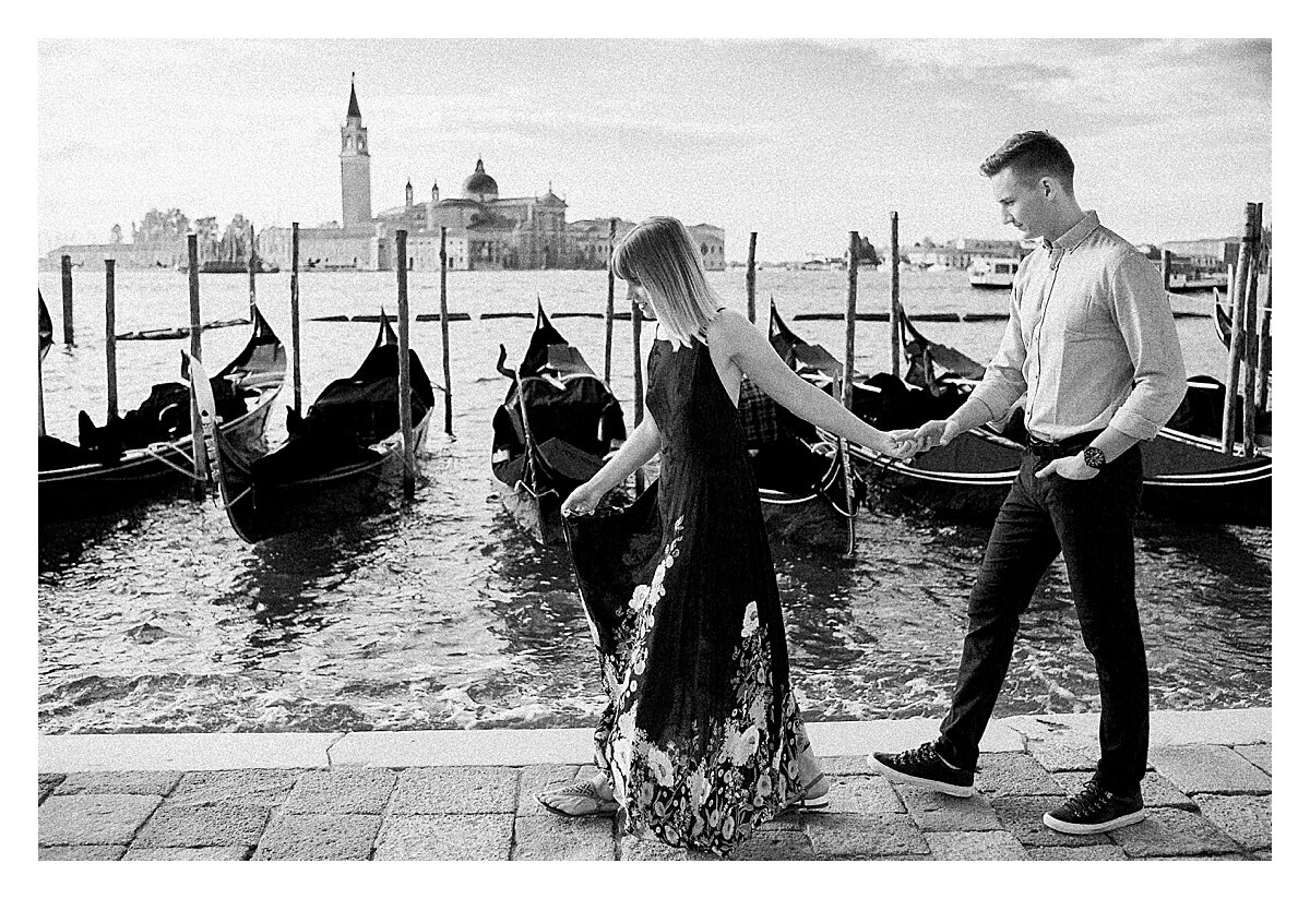 VENICE-COUPLE-PHOTOSHOOT-film-fuji-400h-stefano-degirmenci_0826.jpg