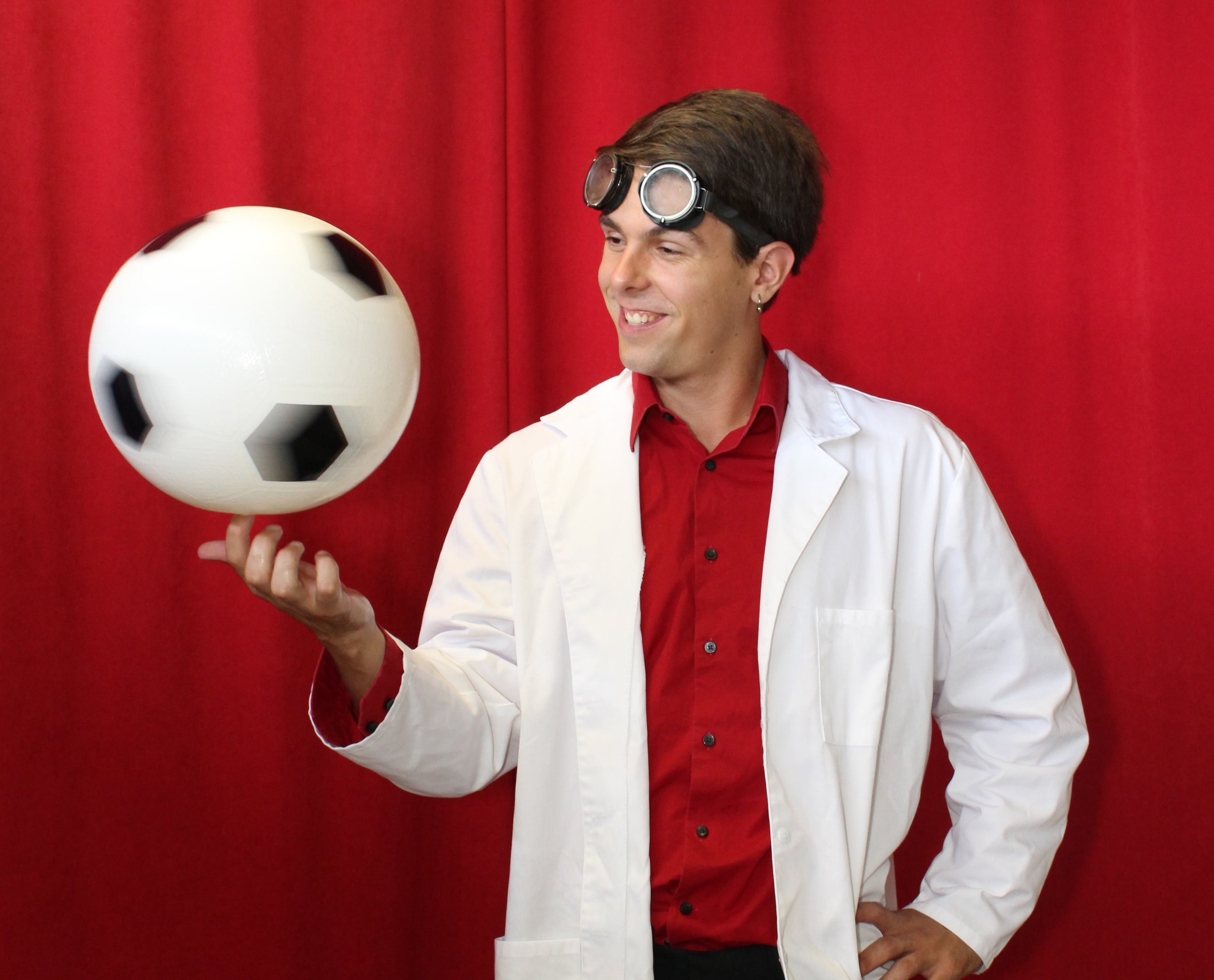 Science of the Circus! - Why does a spinning ball balance better than one that's not? Why does a Whip make that cracking sound and how? Find out this and more in this educational show where we explain the science, math, and phyics behind the circus!