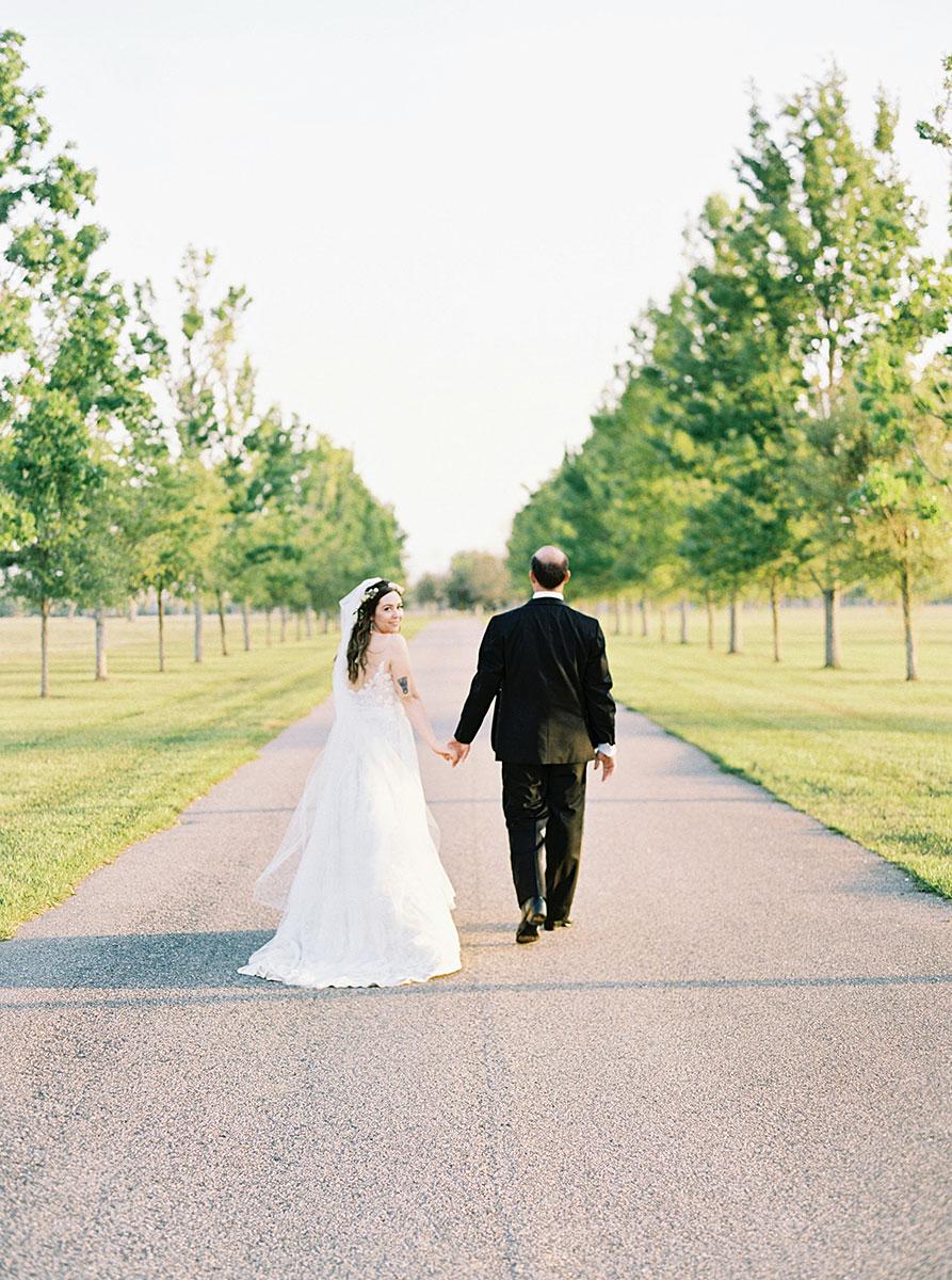 huey-wedding-chapel-farm-barn-10.jpg