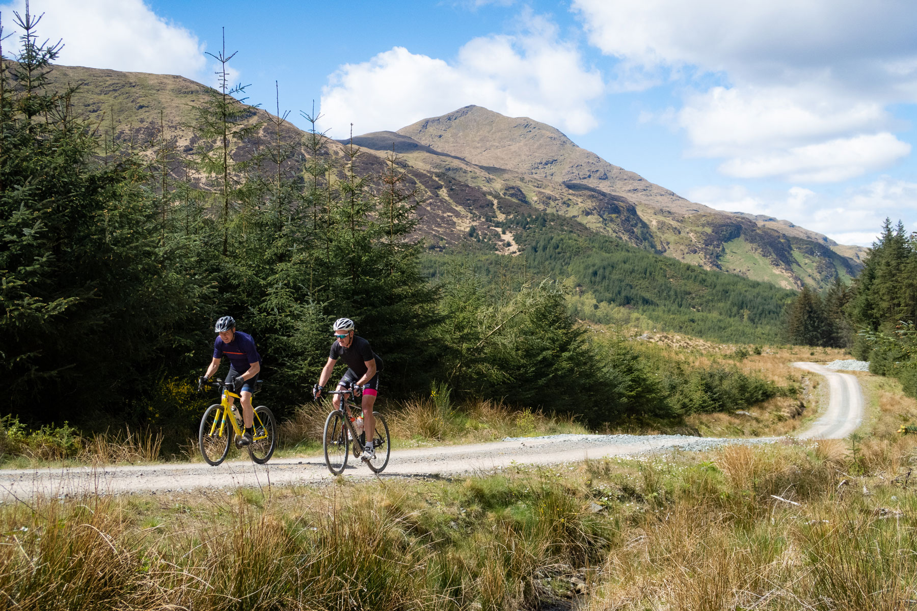 A couple more locals, Norman Gillan (Aberfoyle) and Peter Stewart (Ruskie) enjoying some of the views that our route shows off.