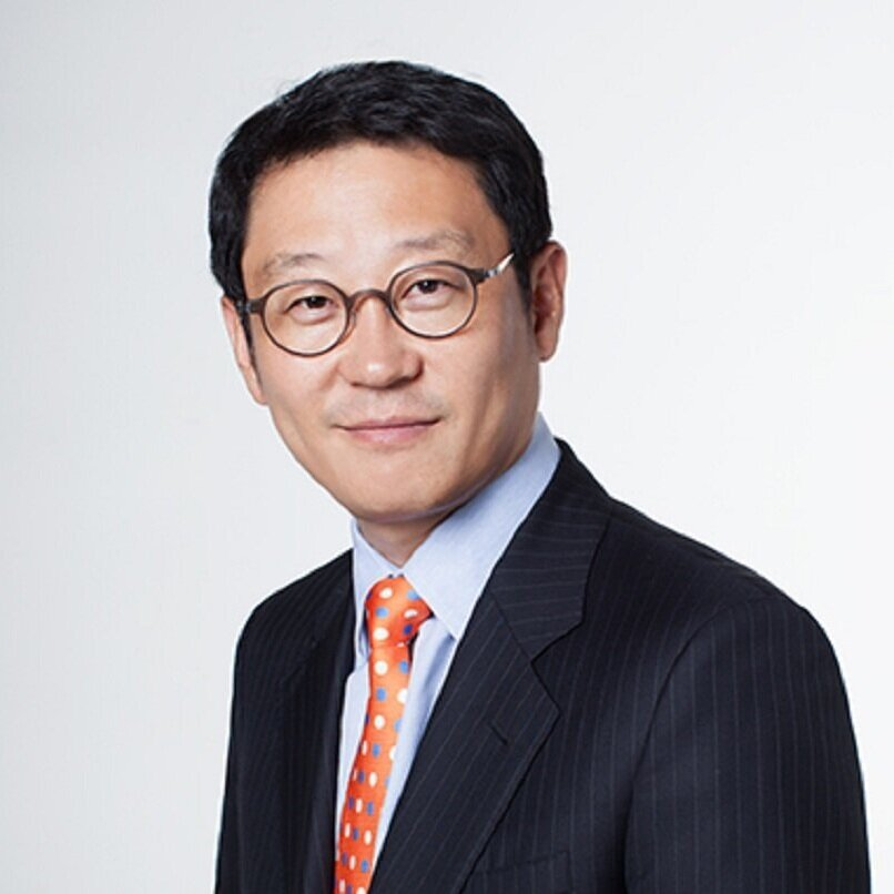 Advisor - SEUNG-HOON LEESeung-Hoon Lee is a seasoned Internet and Telecommunications executive, professor, entrepreneur and consultant with more than 20 years of experience in business development, M&A, marketing, and product strategy. After working as a management consultant for Monitor Group, AT Kearney, and Marketing Lab., Professor Lee served as the head of SK Com's Cyworld Business Division, Nate.com Head, SK Telecom Internet Strategy Division and Wireless Portal Division, Interpark Representative, and CJ Group Management Research Institute. As a professor, his lectures cover internet platforms such as Google, Facebook, Amazon, and Apple along with new Internet platforms such as Uber and Airbnb. His passion for companies that leverage the internet to create new and disruptive business models has allowed him to help various firms to develop strategies in e-commerce, content and Internet application businesses. Most notably, he served as a strategic advisor to the Chairman of CJ Group, one of Korea's largest conglomerates.Professor Lee graduated from Seoul National University, Department of International Economics and earned his MBA at UC Berkeley.