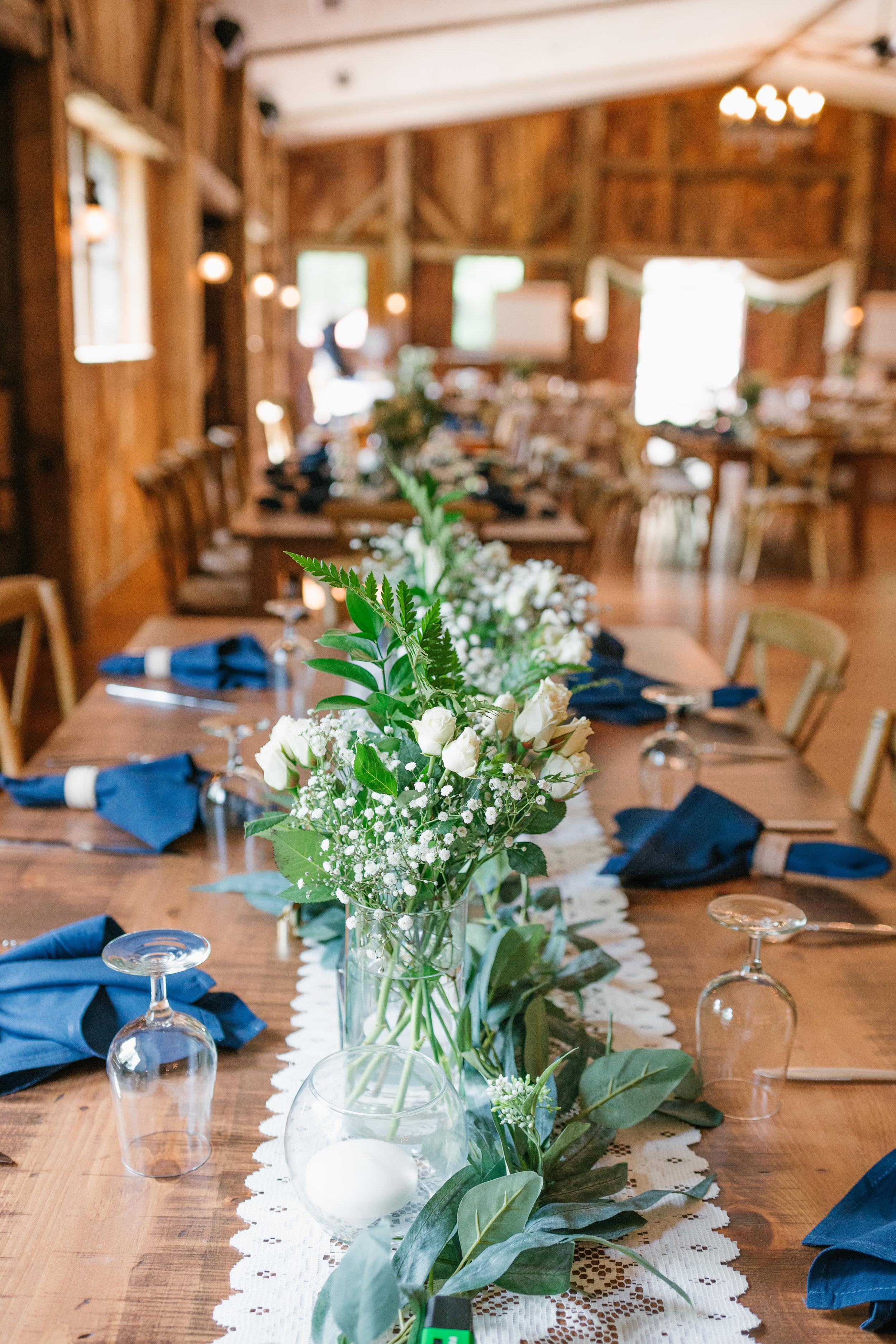 barn wedding decor and ideas