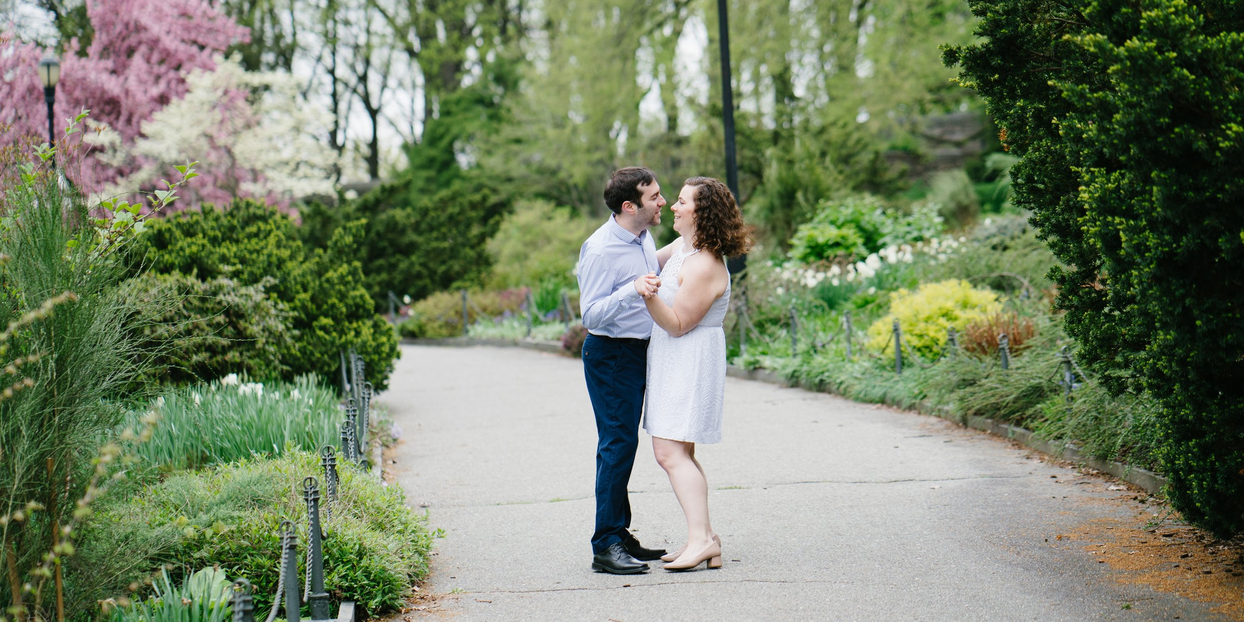 Wedding engagement session photos in New York city fort Tryon park