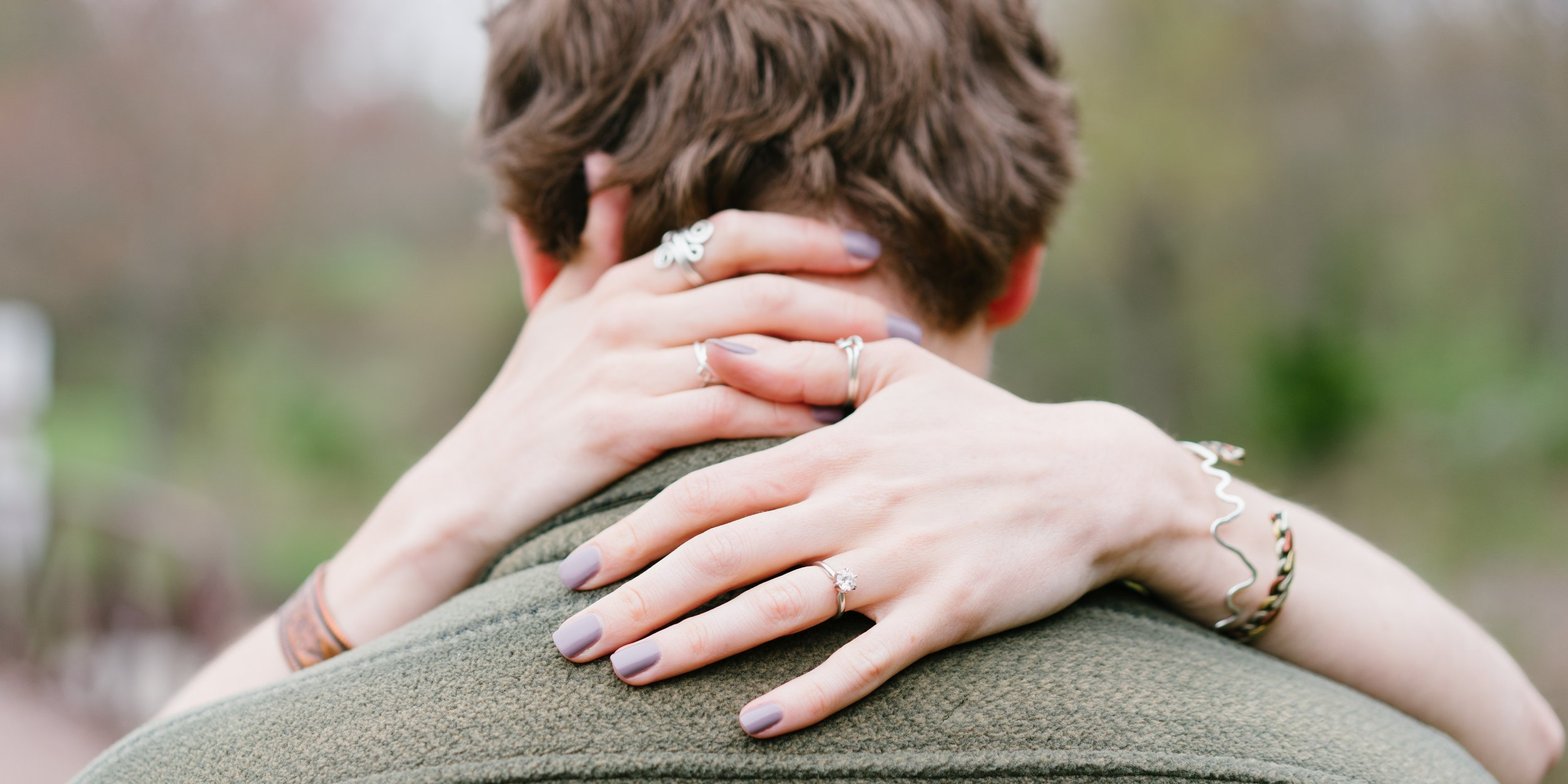 engagement pictures in the woods