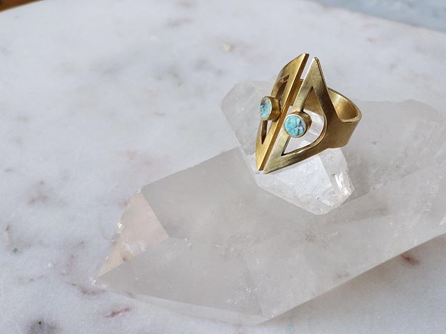 Treat yourself. The Lyra ring set with Turquoise or lapis. #handmadejewelry #jewelrylovers