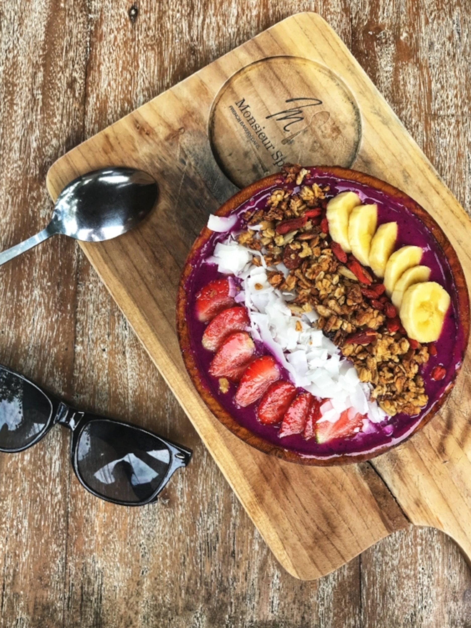 Vegan and Vegetarian breakfast Smoothie Bowl at Monsieur Spoon Canggu Bali