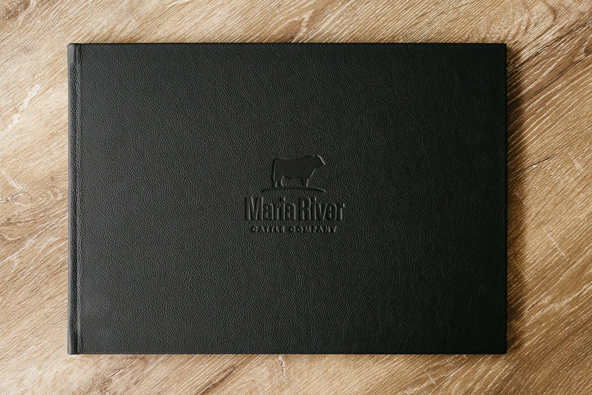 book-flatlay-006.jpg