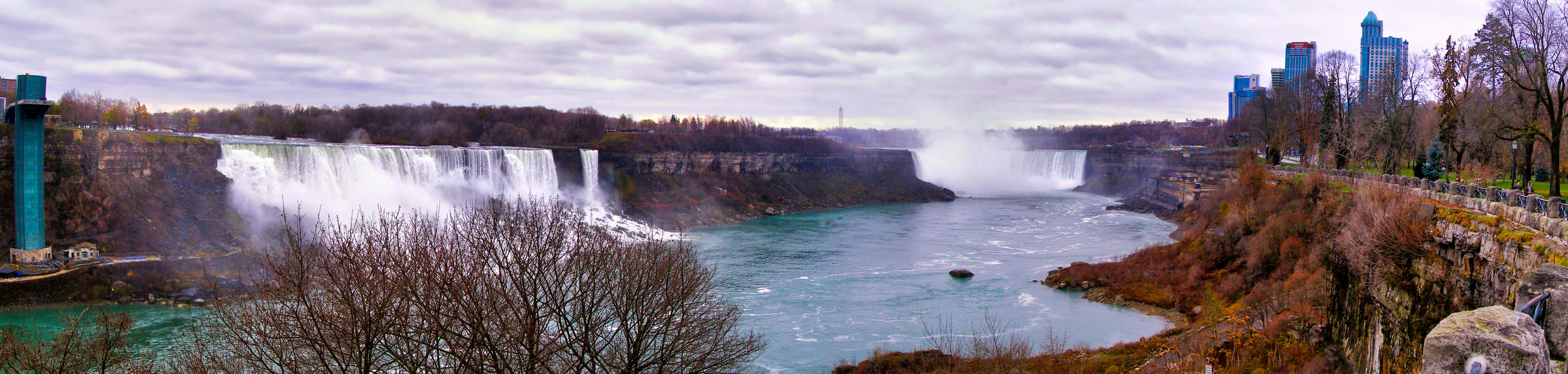 Panoramic image of Niagara Falls, 2006
