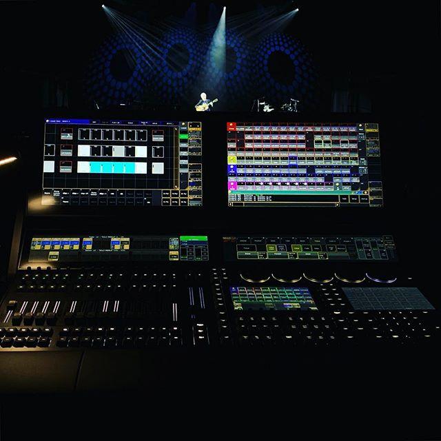 Joan Baez final US tour #malighting  #grandma3 #megapointe #robelighting #germanlightingproducts #jdc1 #x4bar20  #x4bar10 #joanbaez #pulselighting #icldesign
