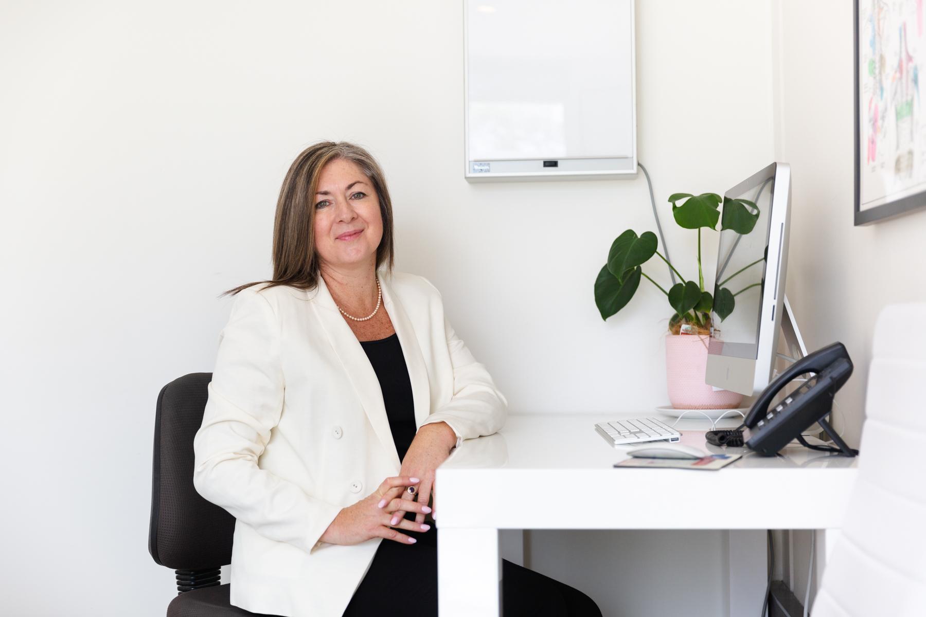 Sonya Lee (Hypnotherapist and Naturopath)