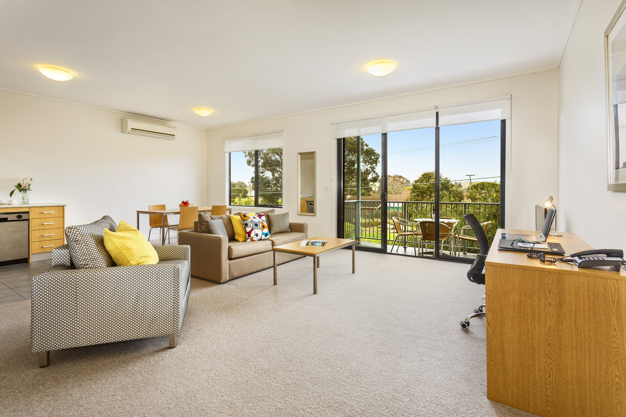 quest-frankston-two-bedroom-apartment-(4).jpg