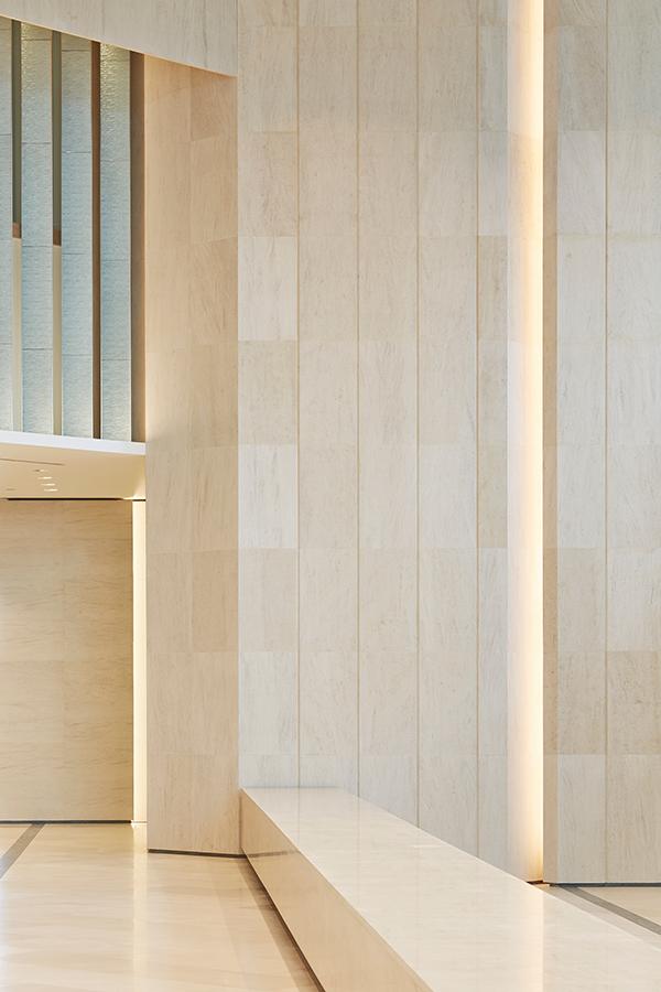 PJC-Light-Studio-Churchill-Place-Main-Lobby-05W.jpg