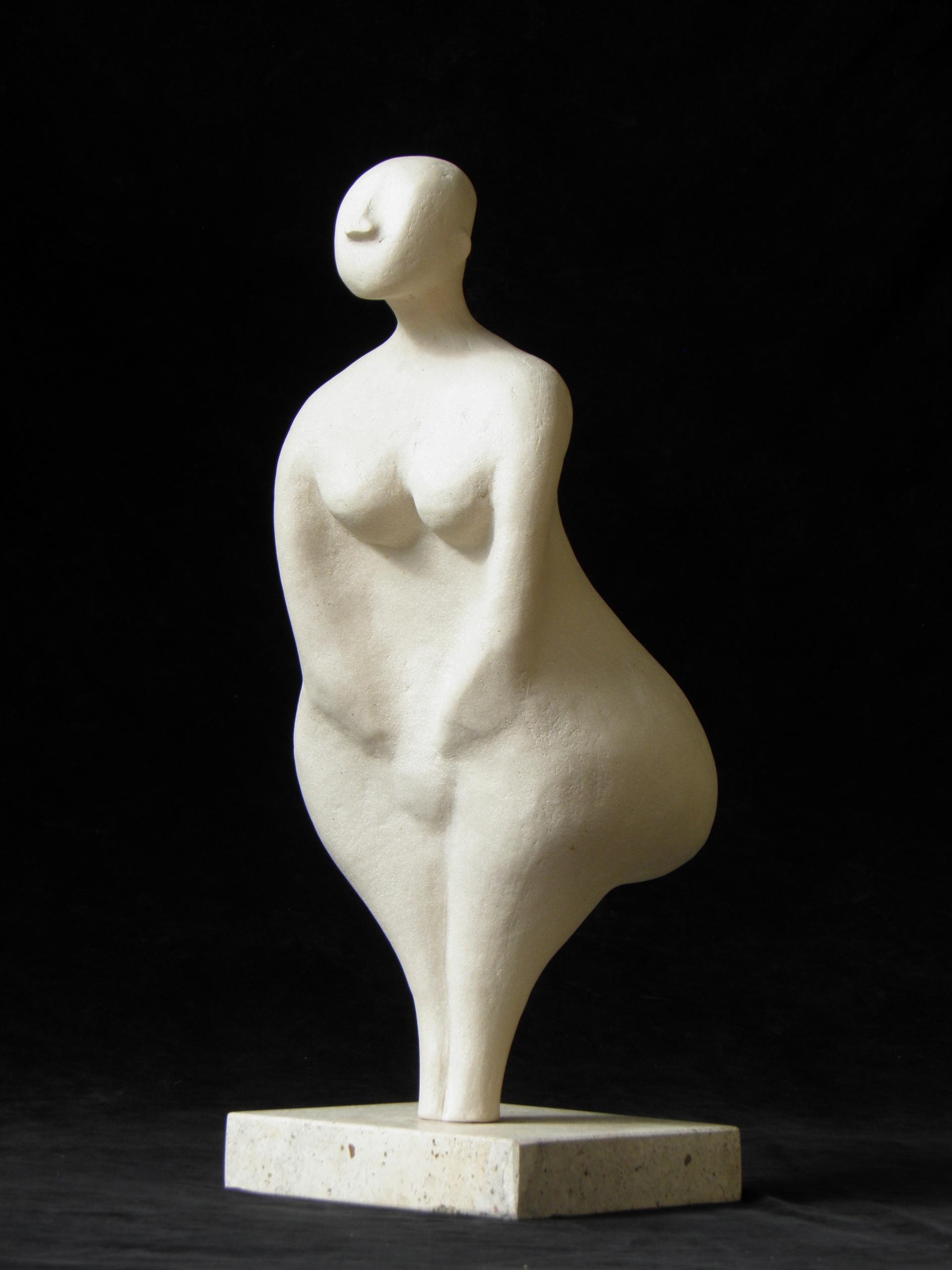 Nikki Statuette